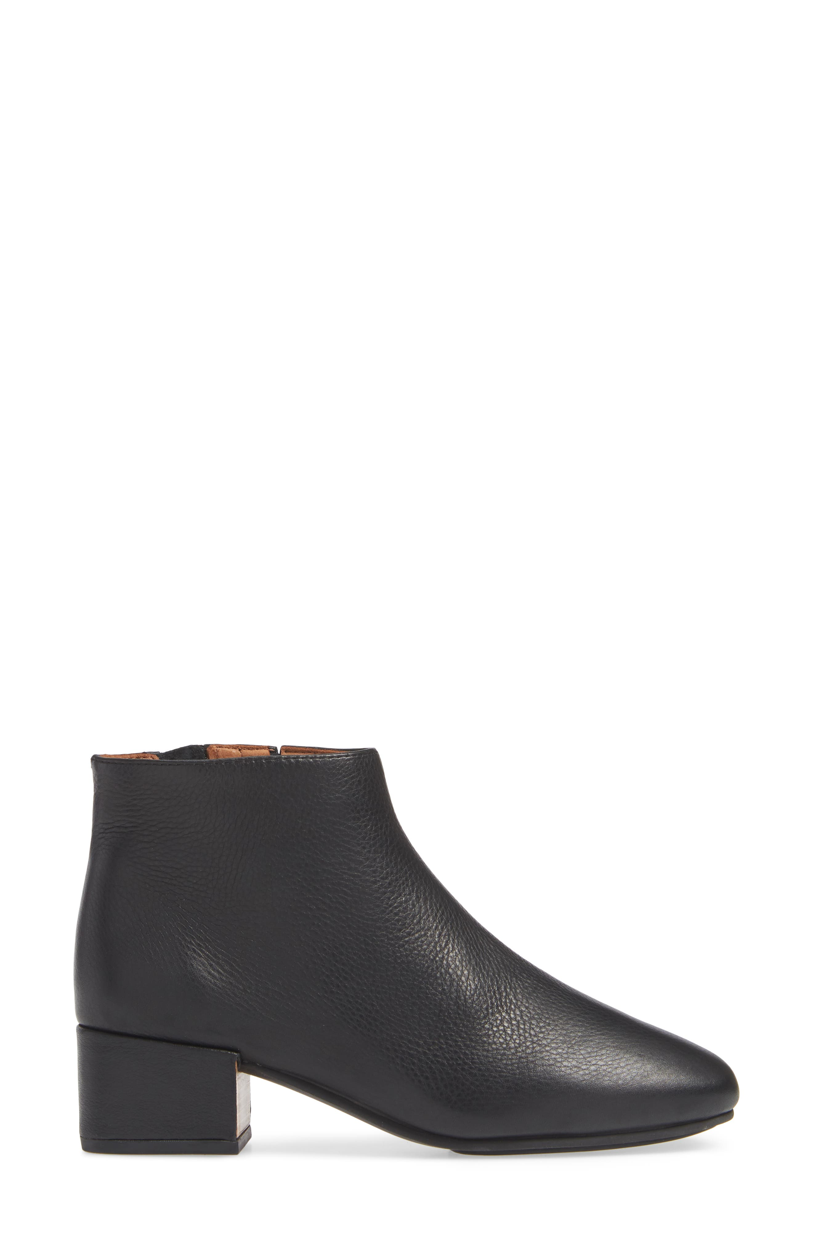 GENTLE SOULS BY KENNETH COLE, Ella Bootie, Alternate thumbnail 3, color, BLACK LEATHER