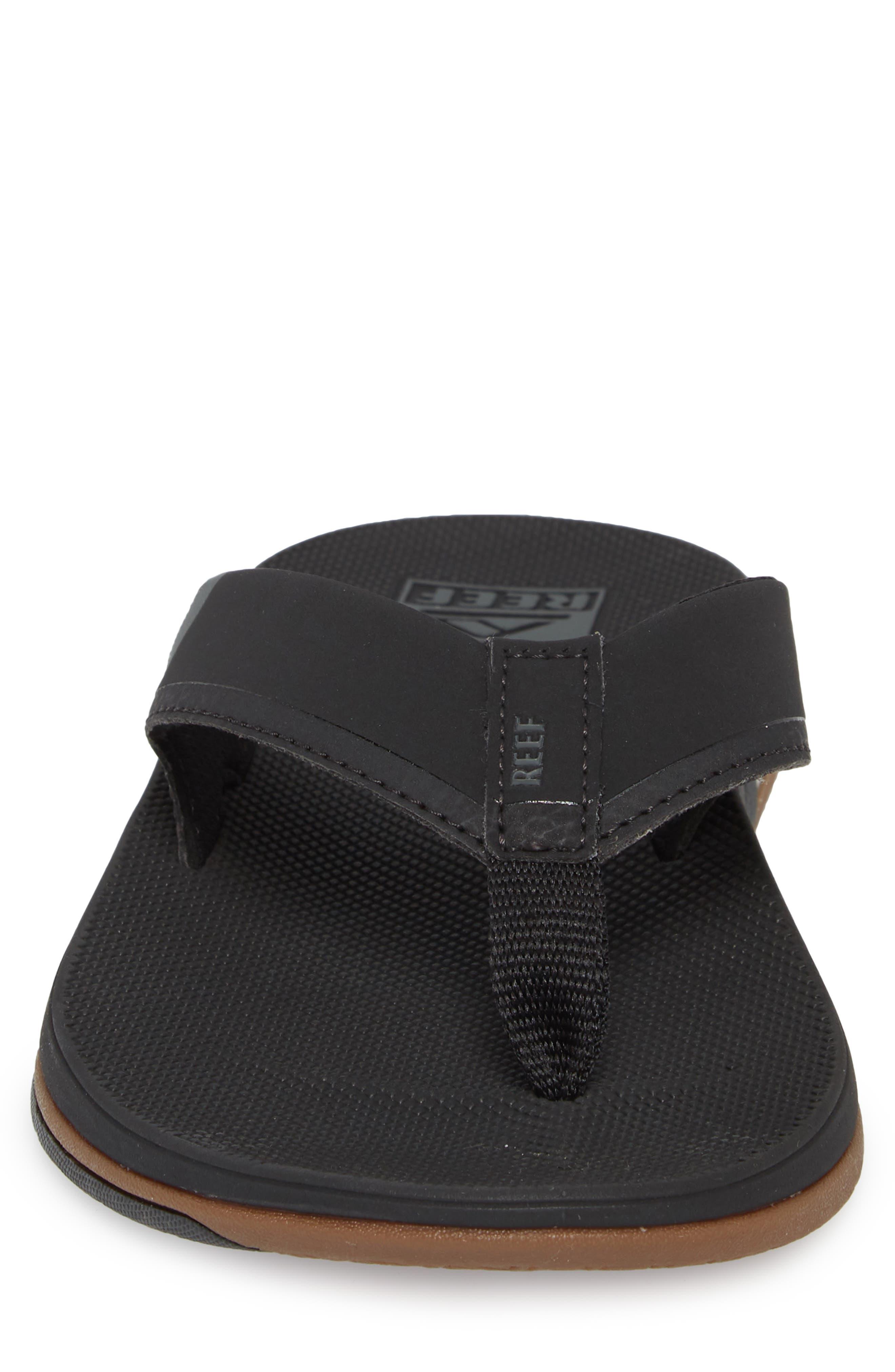 REEF, Fanning Low Flip Flop, Alternate thumbnail 4, color, BLACK