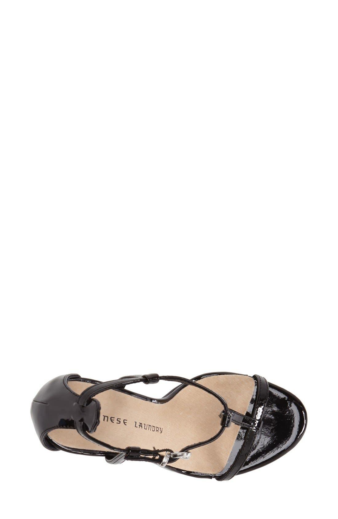 CHINESE LAUNDRY, 'Leo' Patent T-Strap Sandal, Alternate thumbnail 4, color, 001