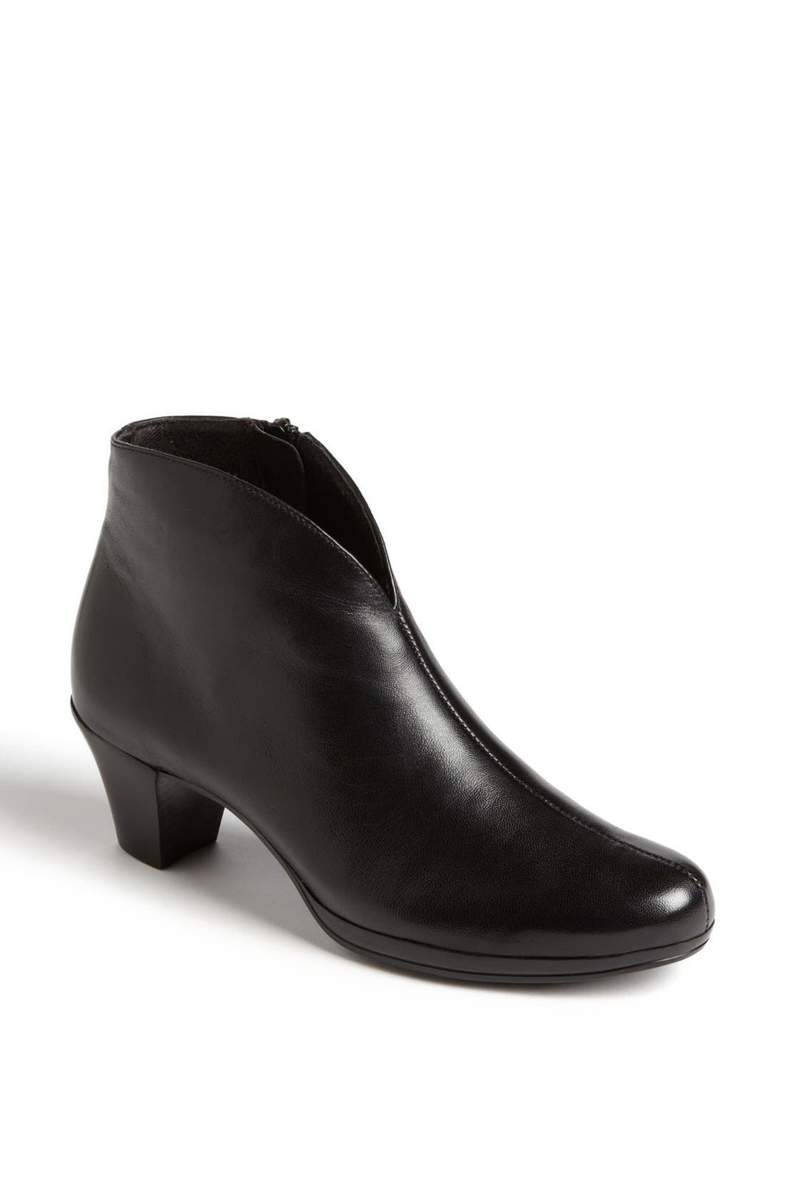 MUNRO, 'Robyn' Boot, Main thumbnail 1, color, BLACK LEATHER