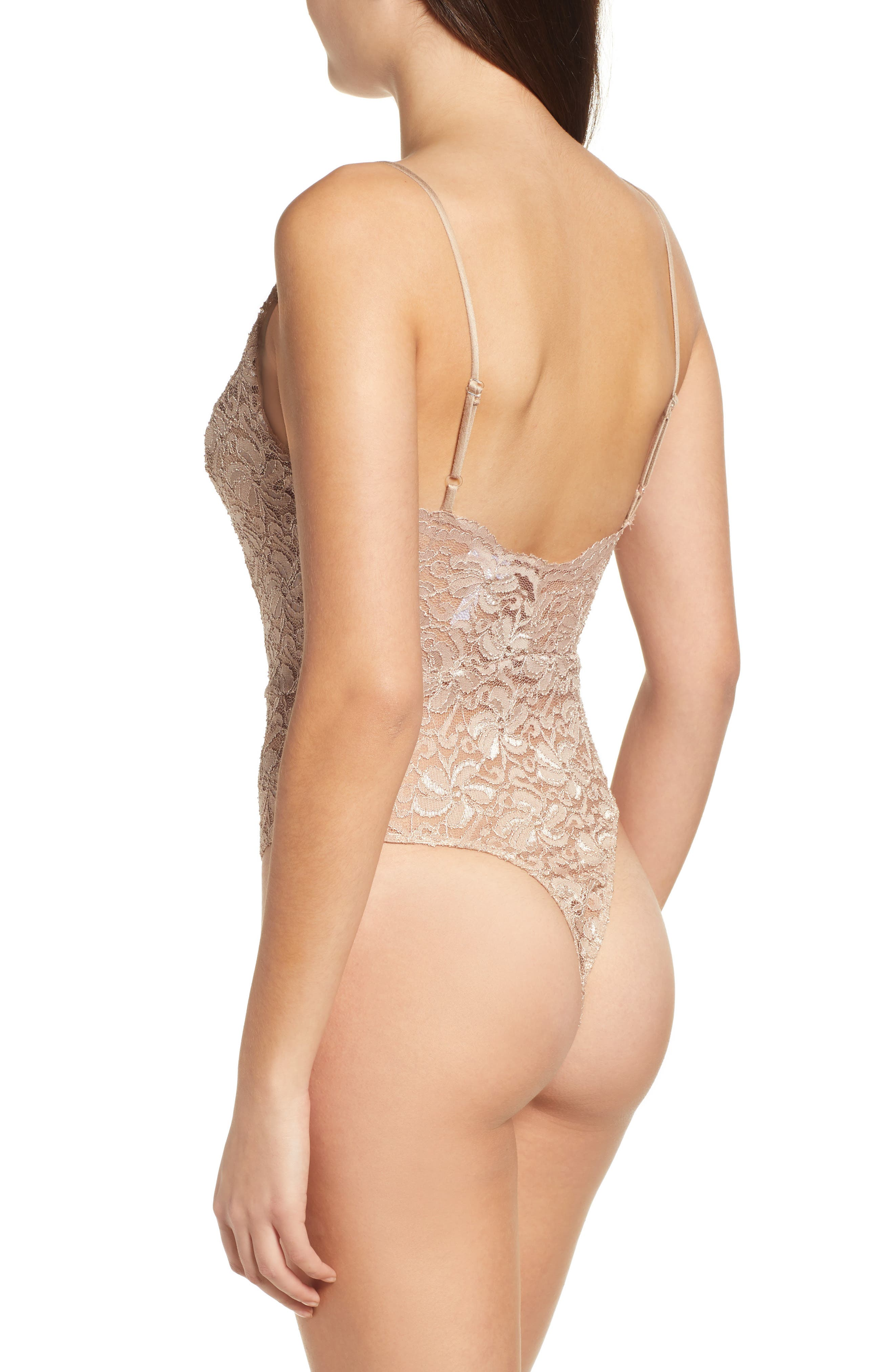 LEITH, Plunge Neck Sleeveless Lace Bodysuit, Alternate thumbnail 2, color, TAN DALE