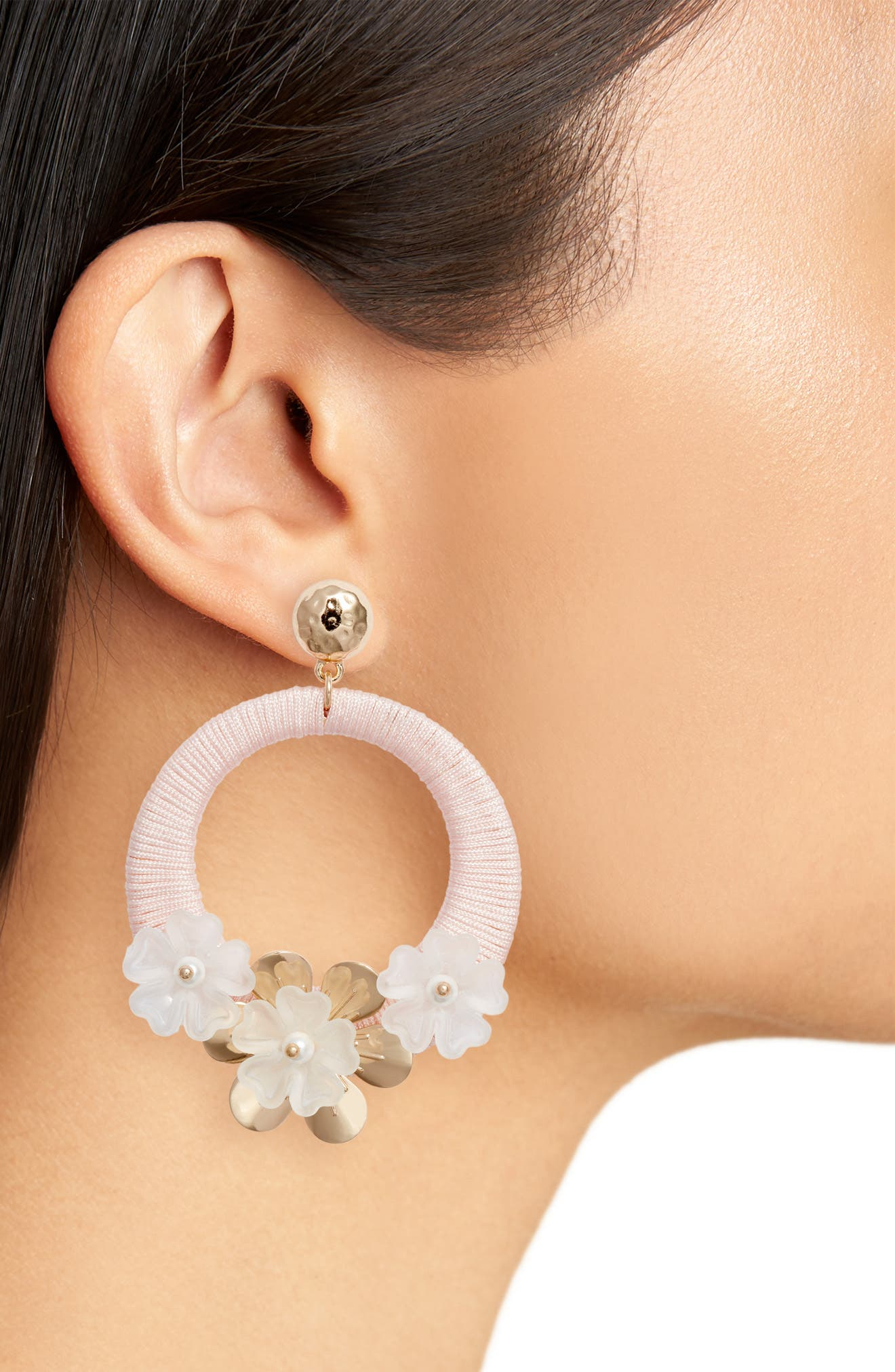 RACHEL PARCELL, Flower Hoop Drop Earrings, Alternate thumbnail 2, color, PINK PEARL- GOLD