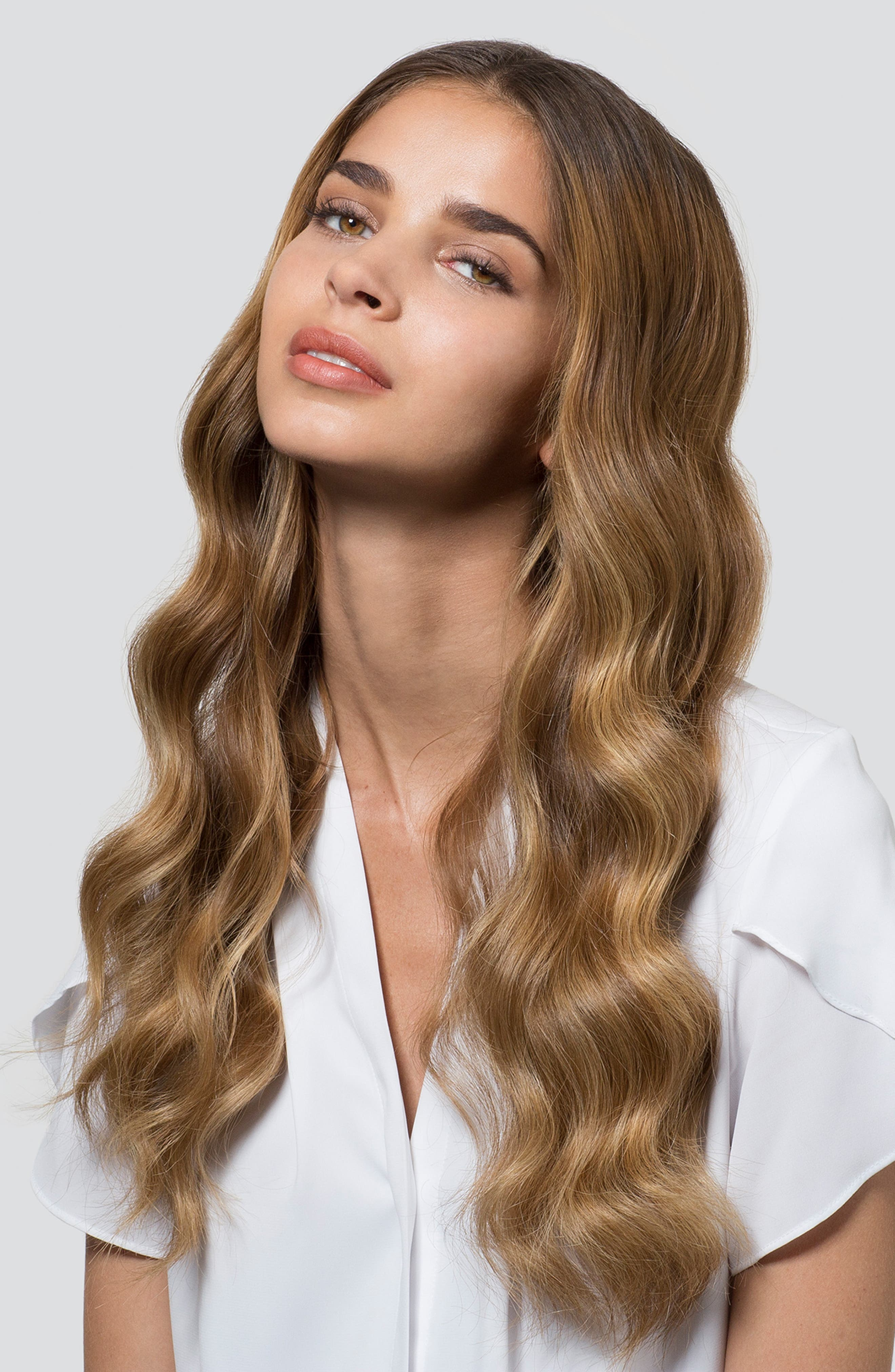 T3, SinglePass<sup>®</sup> Curl Professional Tapered Ceramic Styling Wand, Alternate thumbnail 5, color, 000