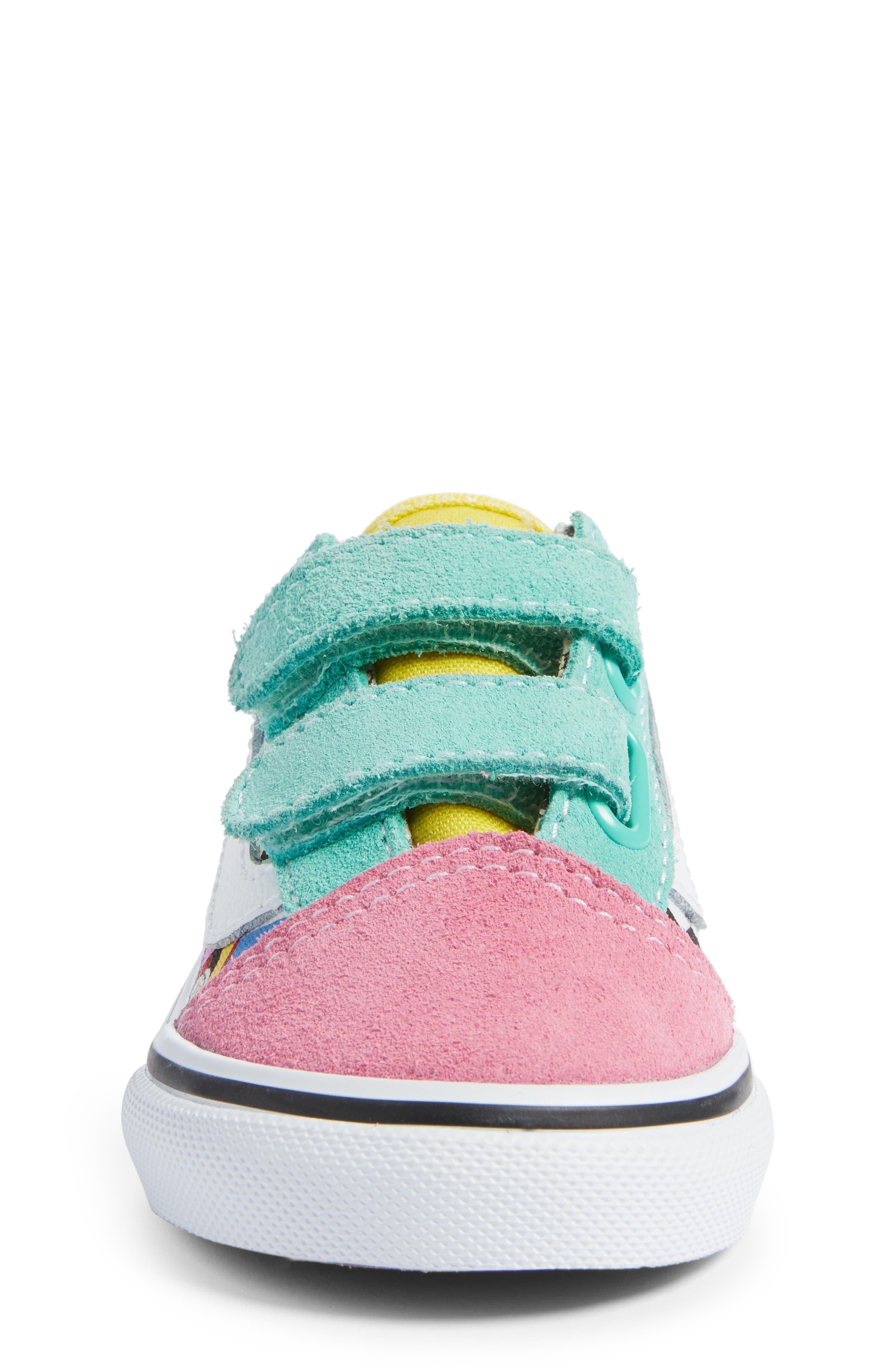 VANS, x Disney Old Skool V Sneaker, Alternate thumbnail 4, color, 650