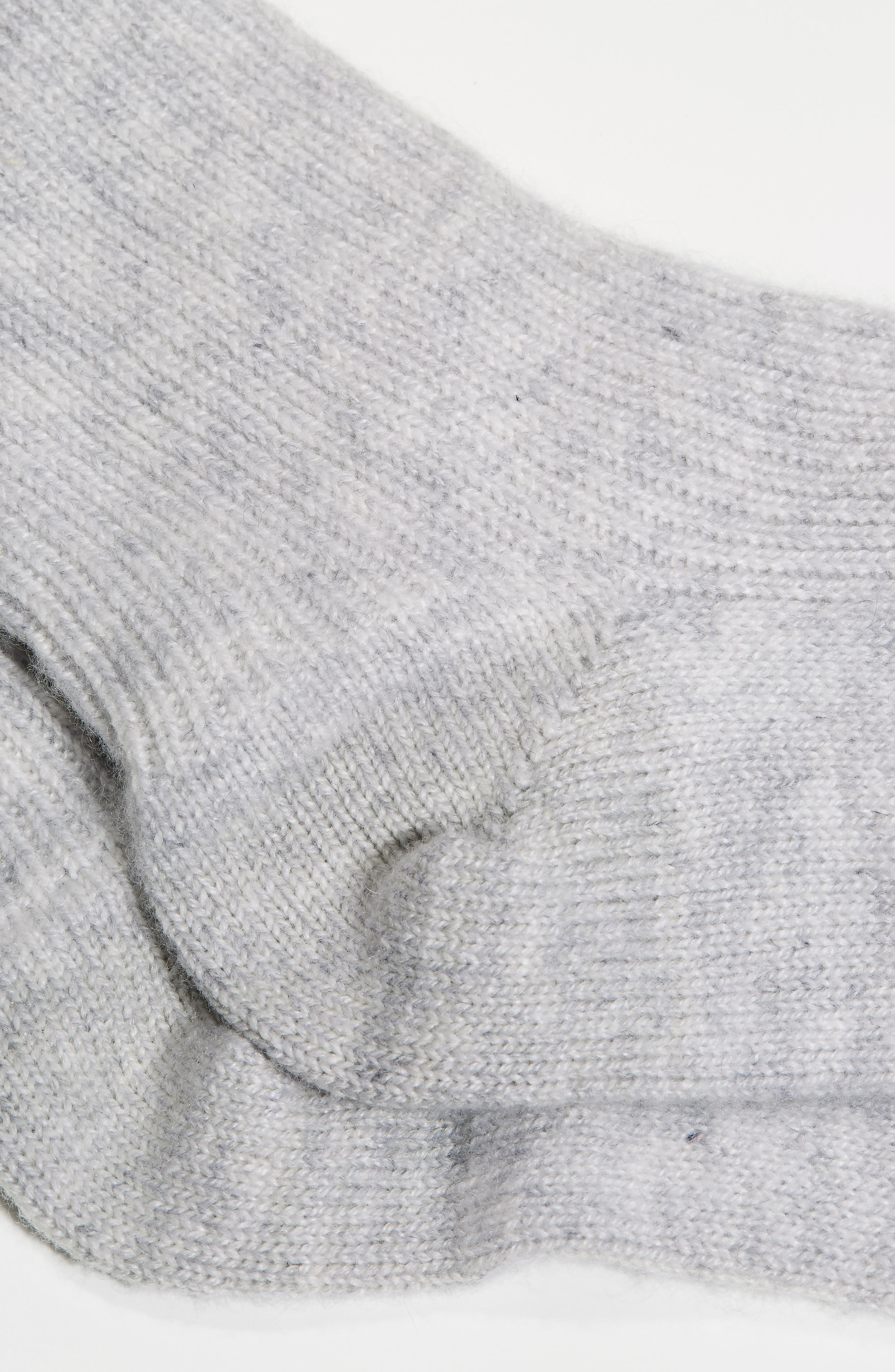 THE WHITE COMPANY, Cashmere Bed Socks, Alternate thumbnail 2, color, SILVER GREY HEATHER