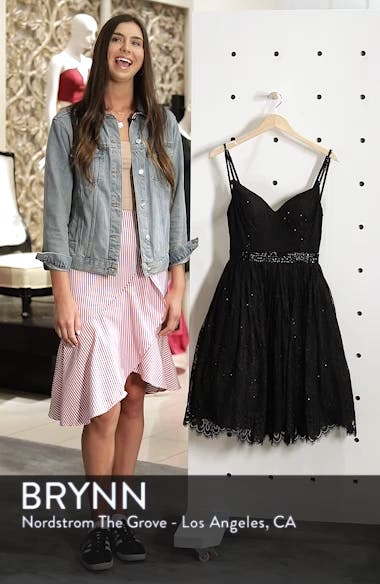 Sweetheart Neck Lace Party Dress, sales video thumbnail