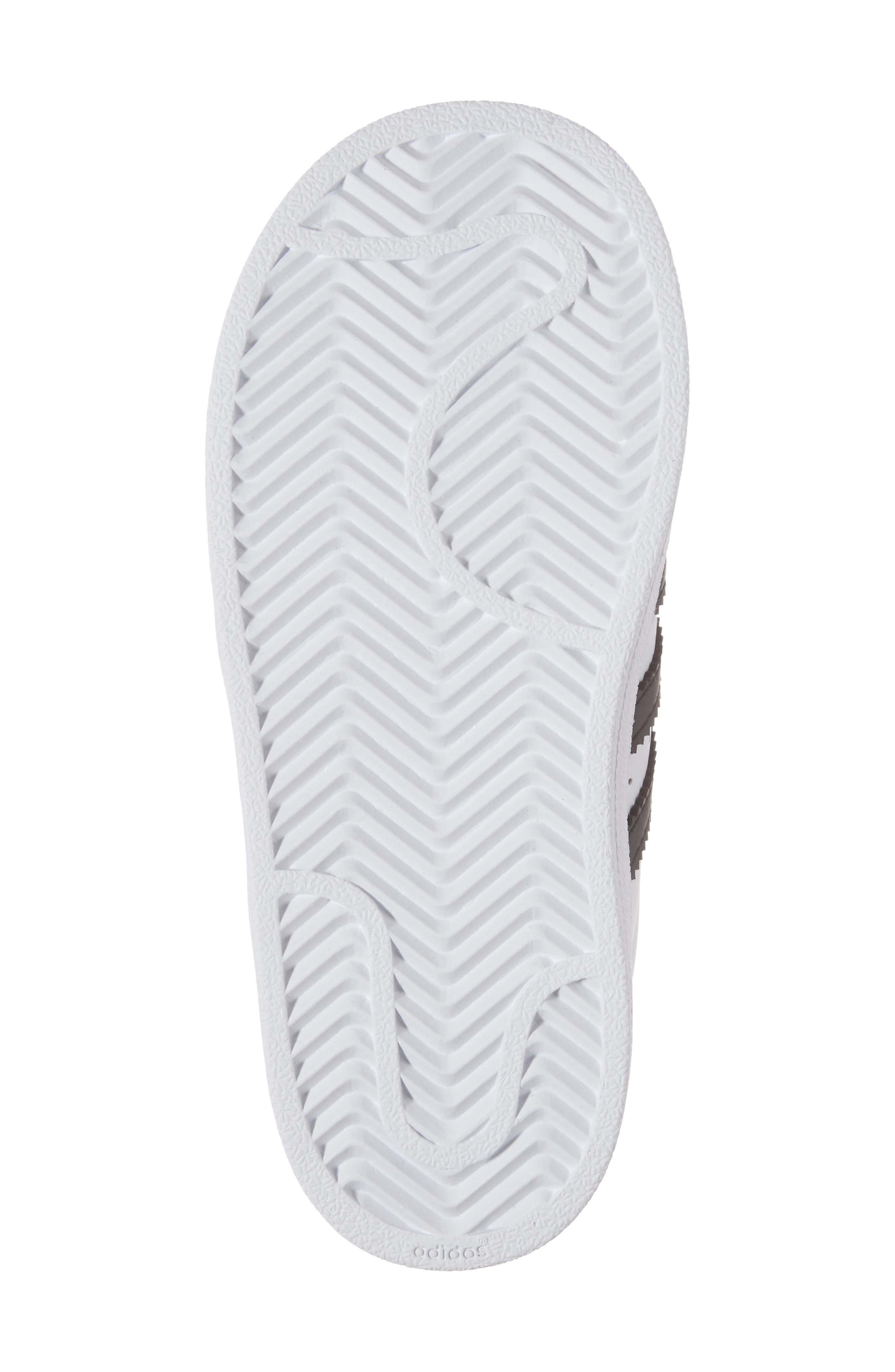 ADIDAS, Superstar Sneaker, Alternate thumbnail 6, color, WHITE/ BLACK/ WHITE