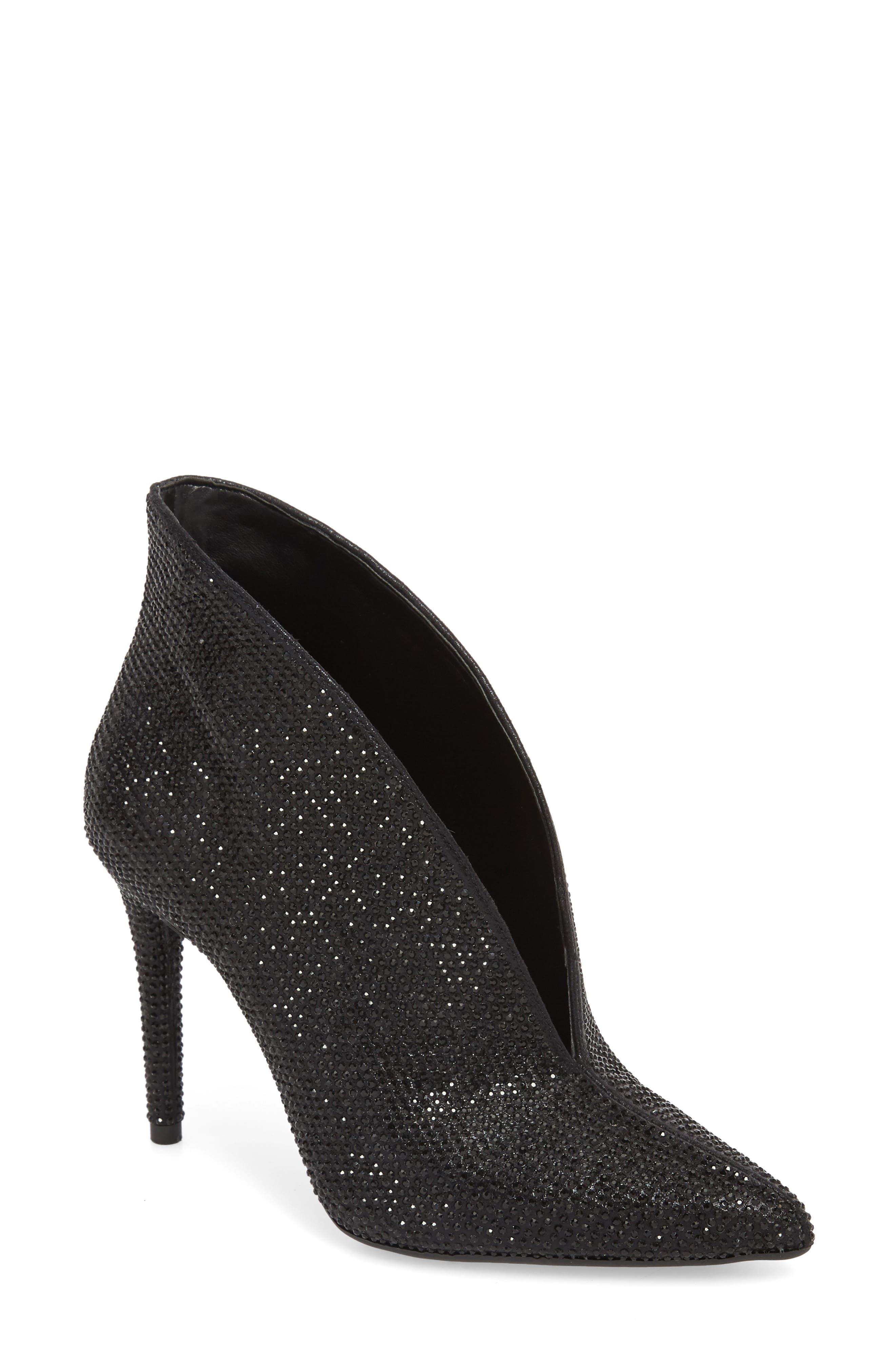 Jessica Simpson Lasnia Embellished Bootie- Black