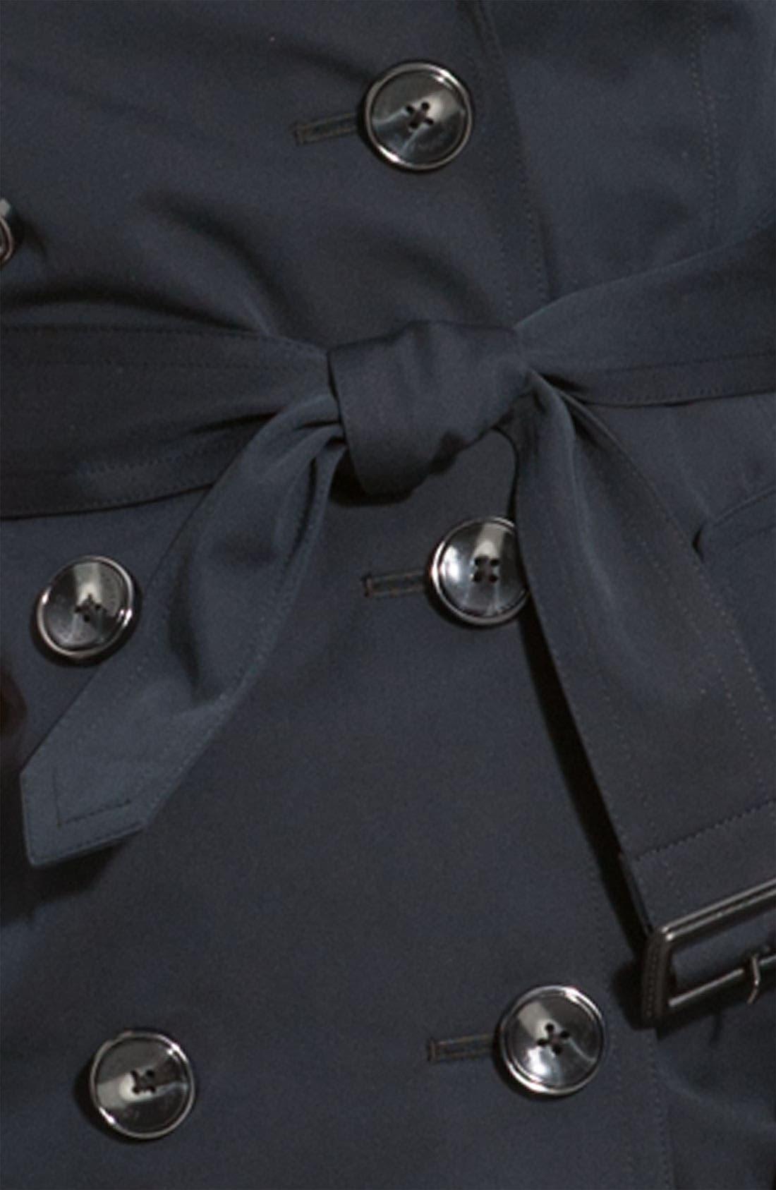 LONDON FOG, Heritage Raglan Sleeve Trench Coat with Detachable Liner, Alternate thumbnail 3, color, 001