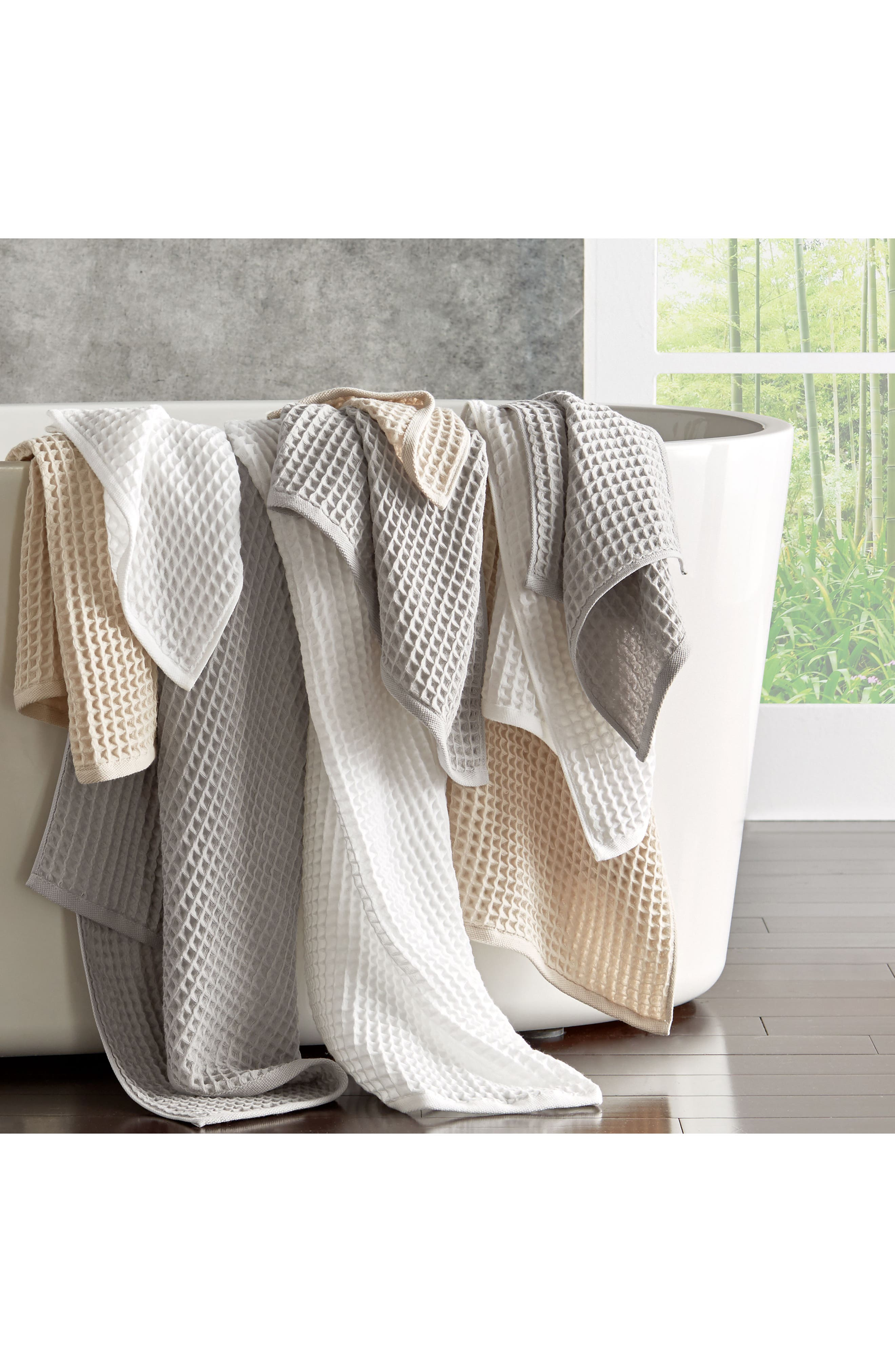 UCHINO, Air Waffle Bath Towel, Alternate thumbnail 3, color, GREY