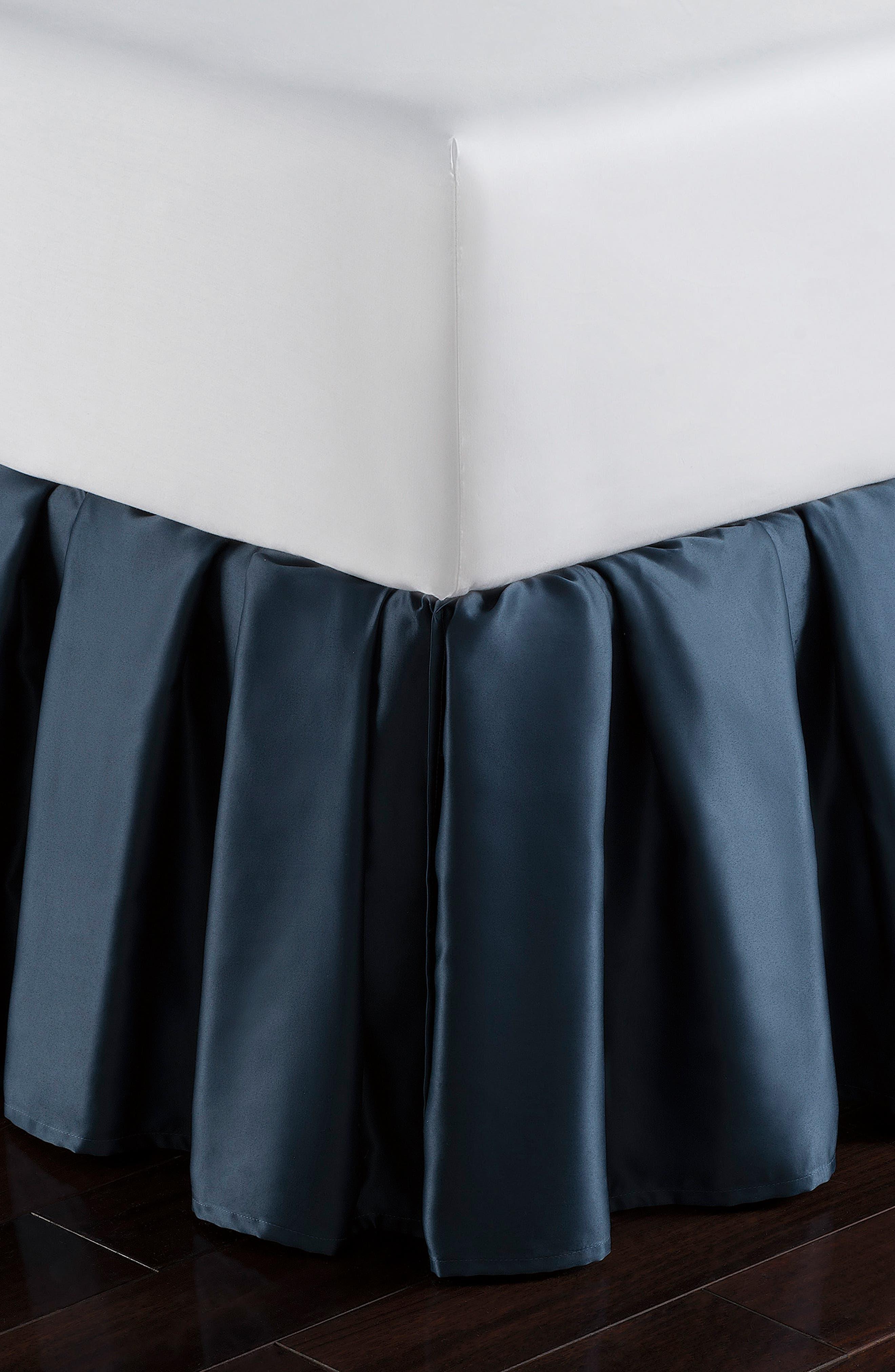WATERFORD, Jonet Reversible Comforter, Sham & Bedskirt Set, Alternate thumbnail 3, color, INDIGO