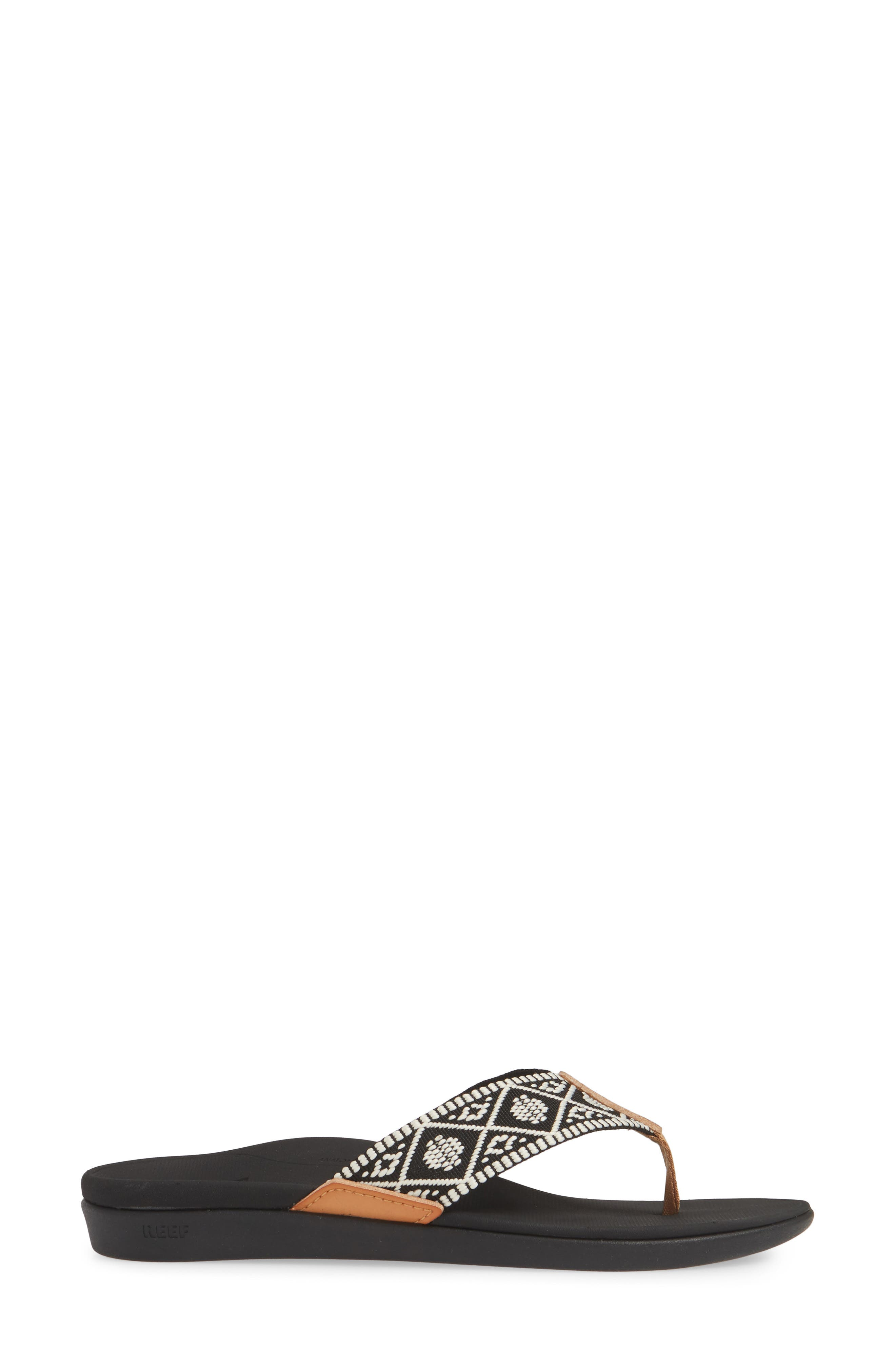 REEF, Ortho-Bounce Woven Flip Flop, Alternate thumbnail 3, color, BLACK/ WHITE