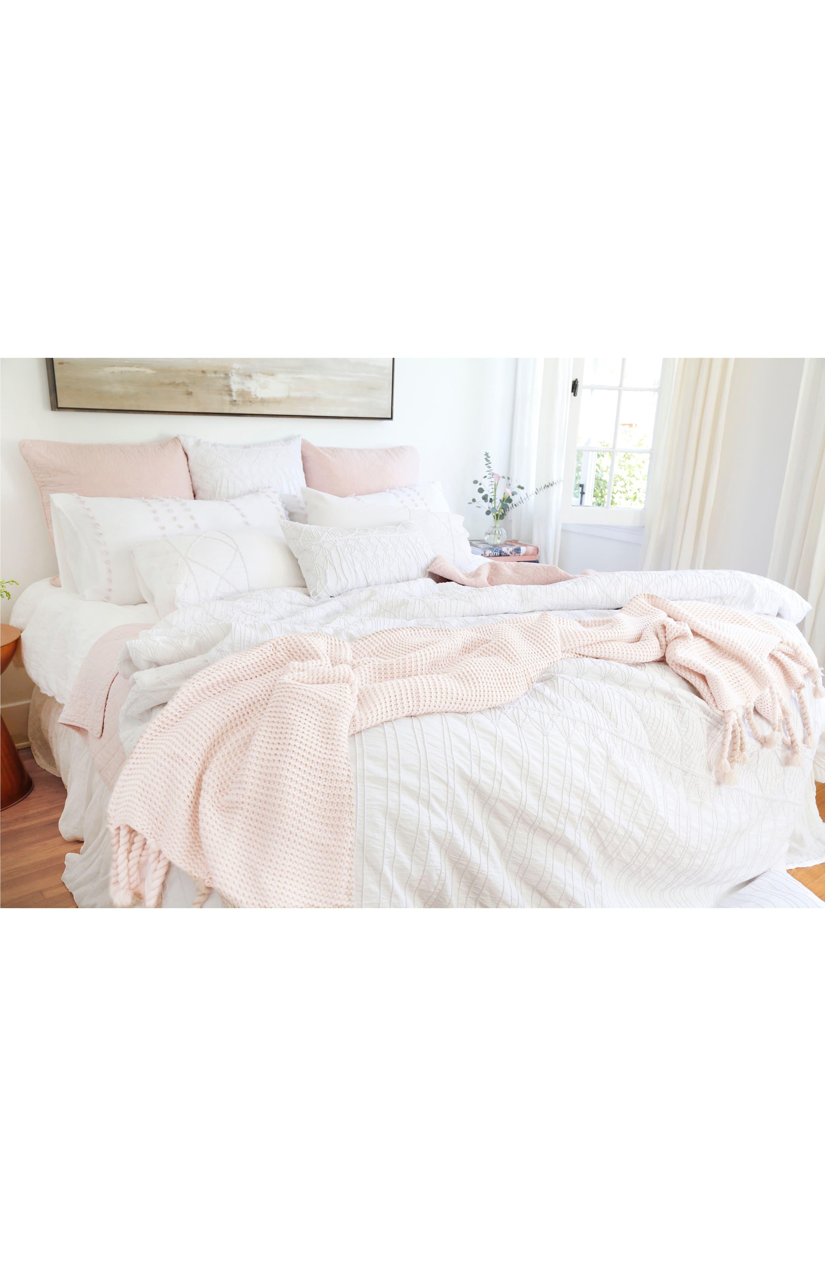 POM POM AT HOME, Trestles Oversize Throw Blanket, Alternate thumbnail 2, color, BLUSH
