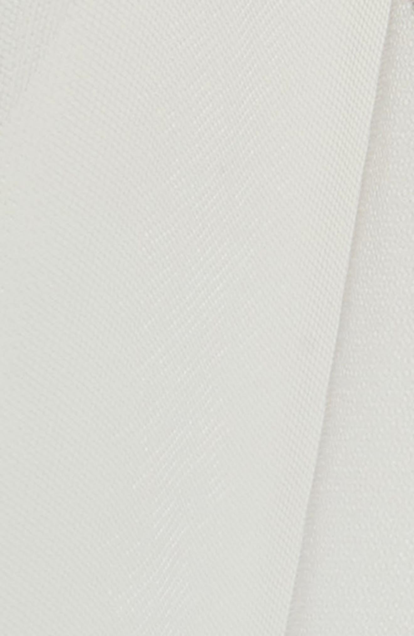 TONI FEDERICI, Cindy Raw Edge Cascading Fingertip Veil, Alternate thumbnail 3, color, LIGHT IVORY