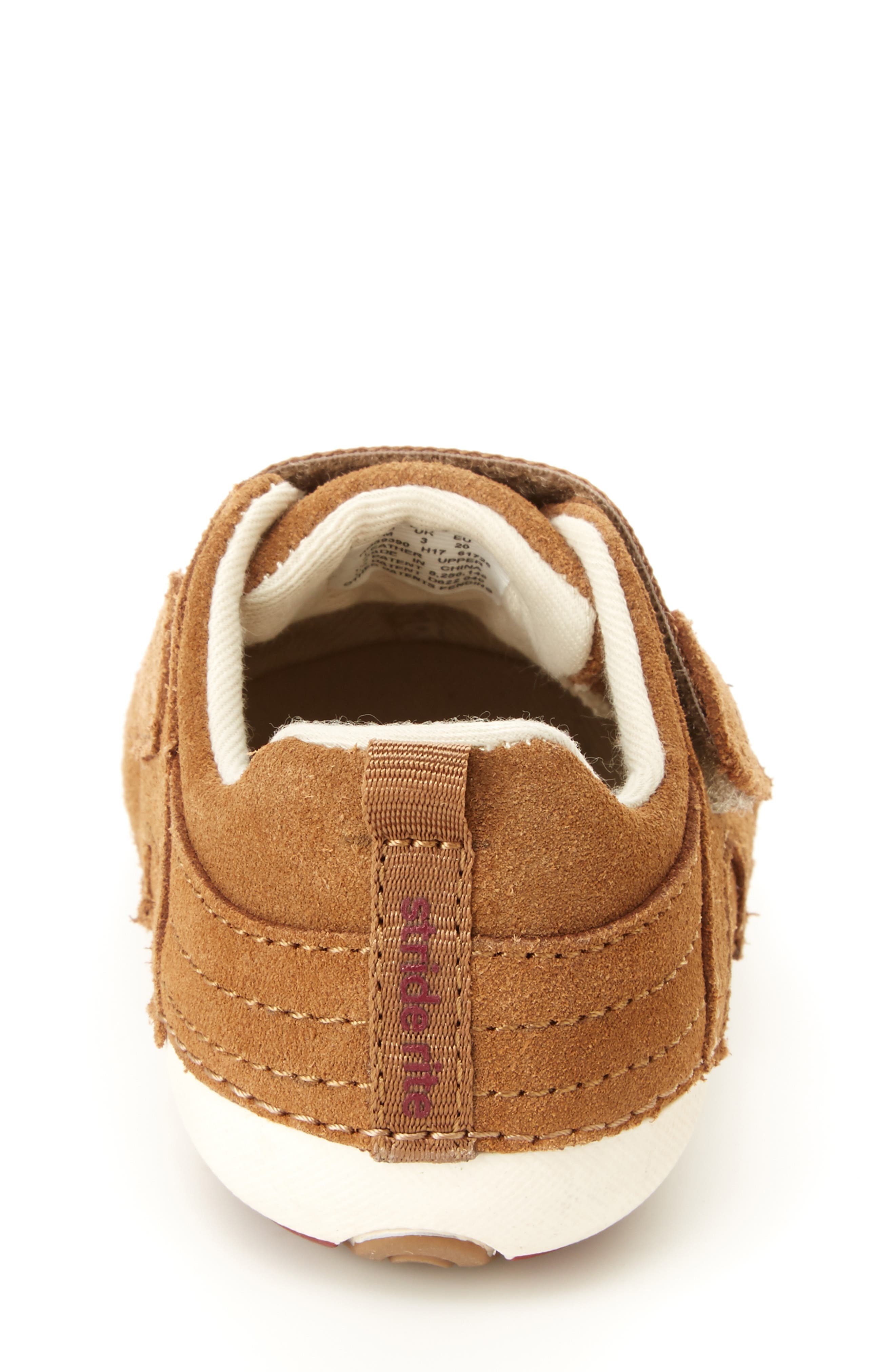 STRIDE RITE, Soft Motion<sup>™</sup> Cameron Sneaker, Alternate thumbnail 6, color, BROWN