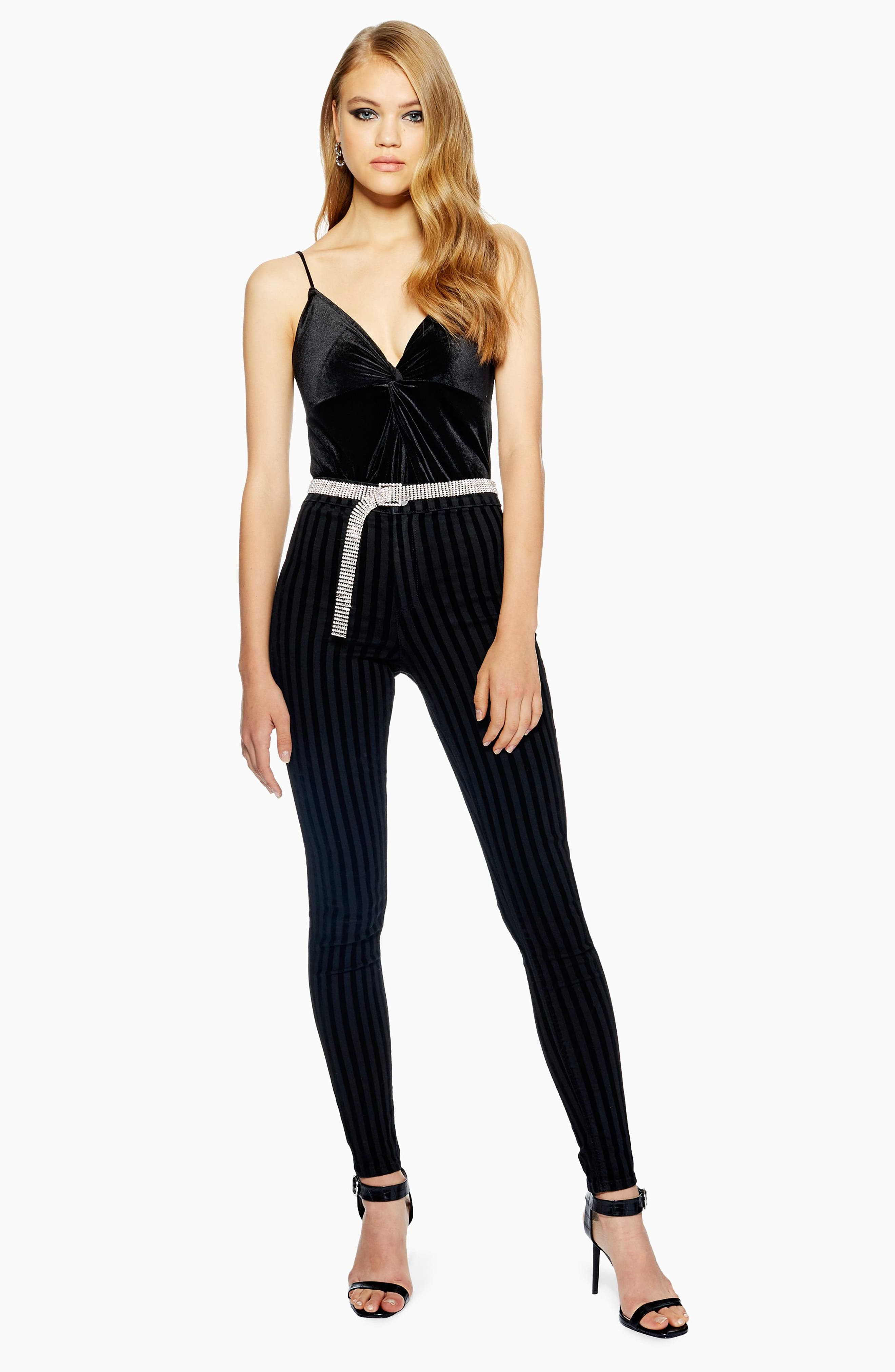 TOPSHOP, Velvet Front Knot Bodysuit, Alternate thumbnail 4, color, 001