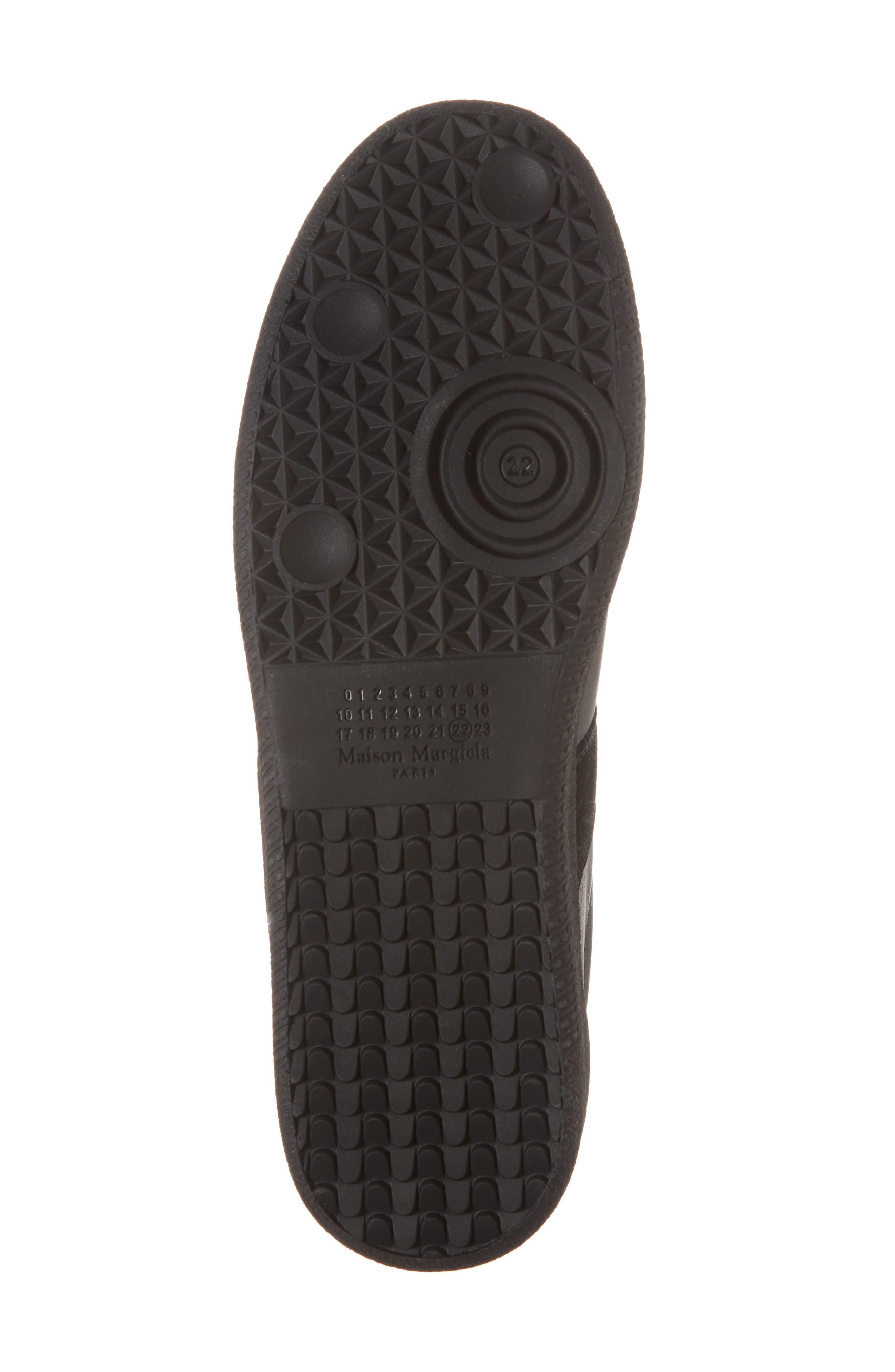 MM6 MAISON MARGIELA, Maison Margiela Replica Low Top Sneaker, Alternate thumbnail 6, color, BLACK