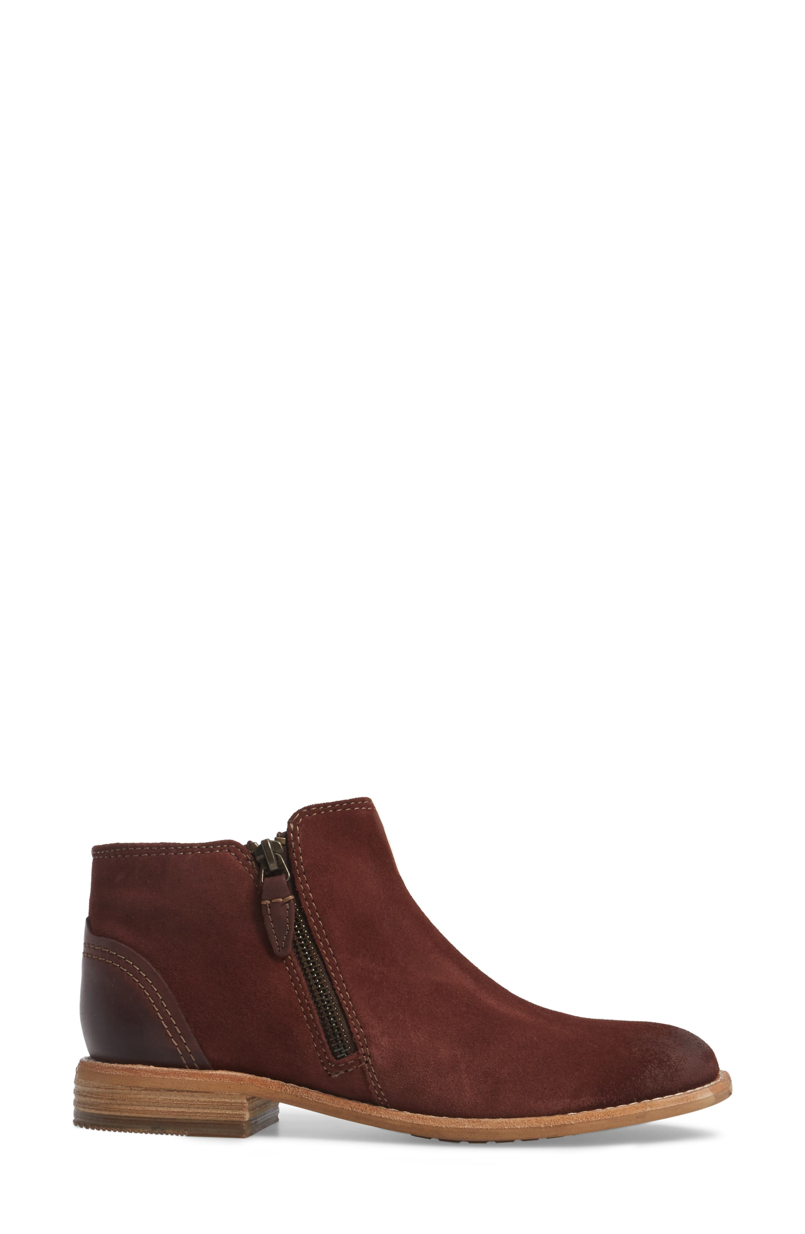 CLARKS<SUP>®</SUP>, Maypearl Juno Ankle Boot, Alternate thumbnail 3, color, MAHOGANY SUEDE