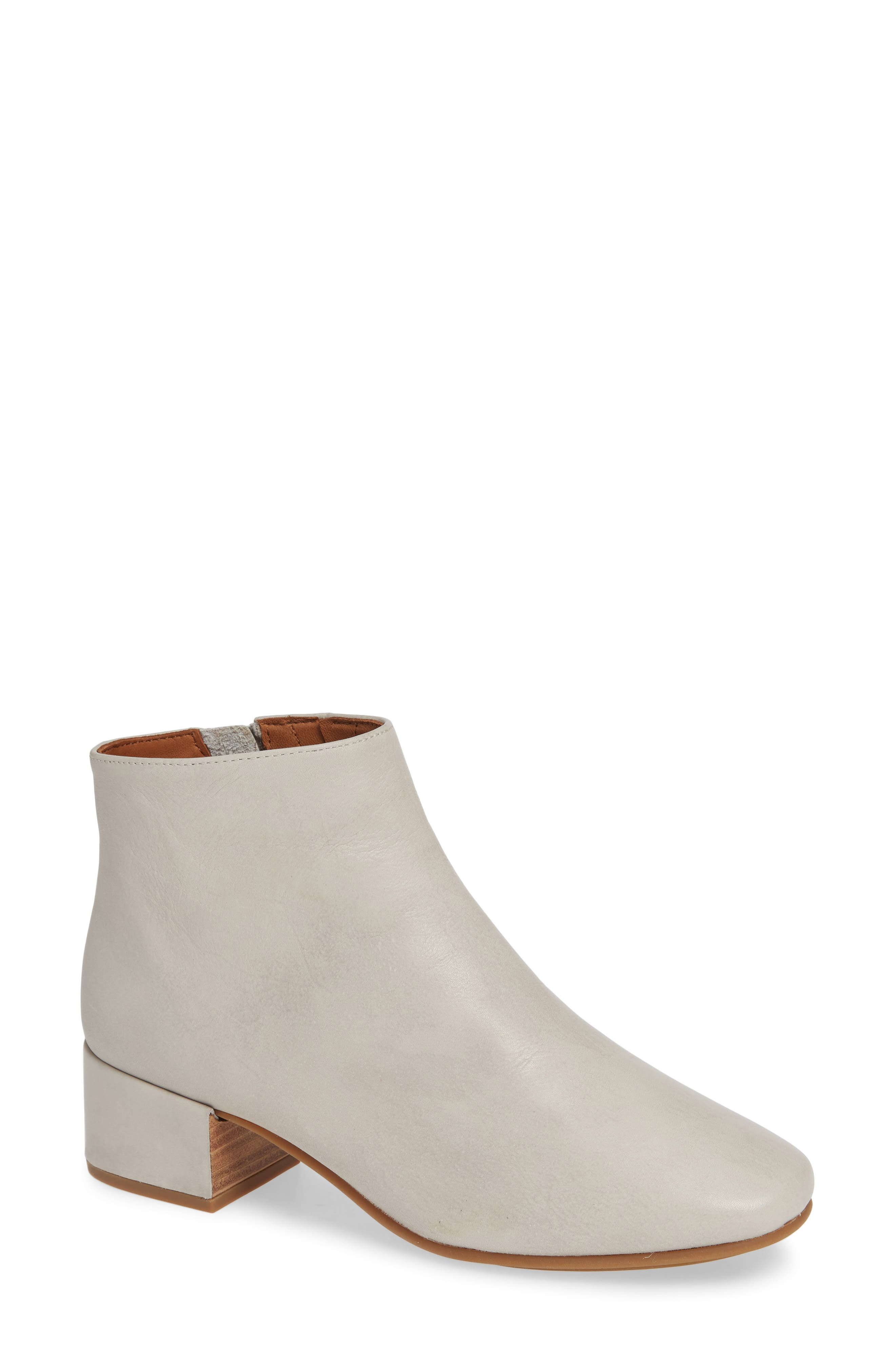 GENTLE SOULS BY KENNETH COLE, Ella Bootie, Main thumbnail 1, color, LIGHT GREY LEATHER