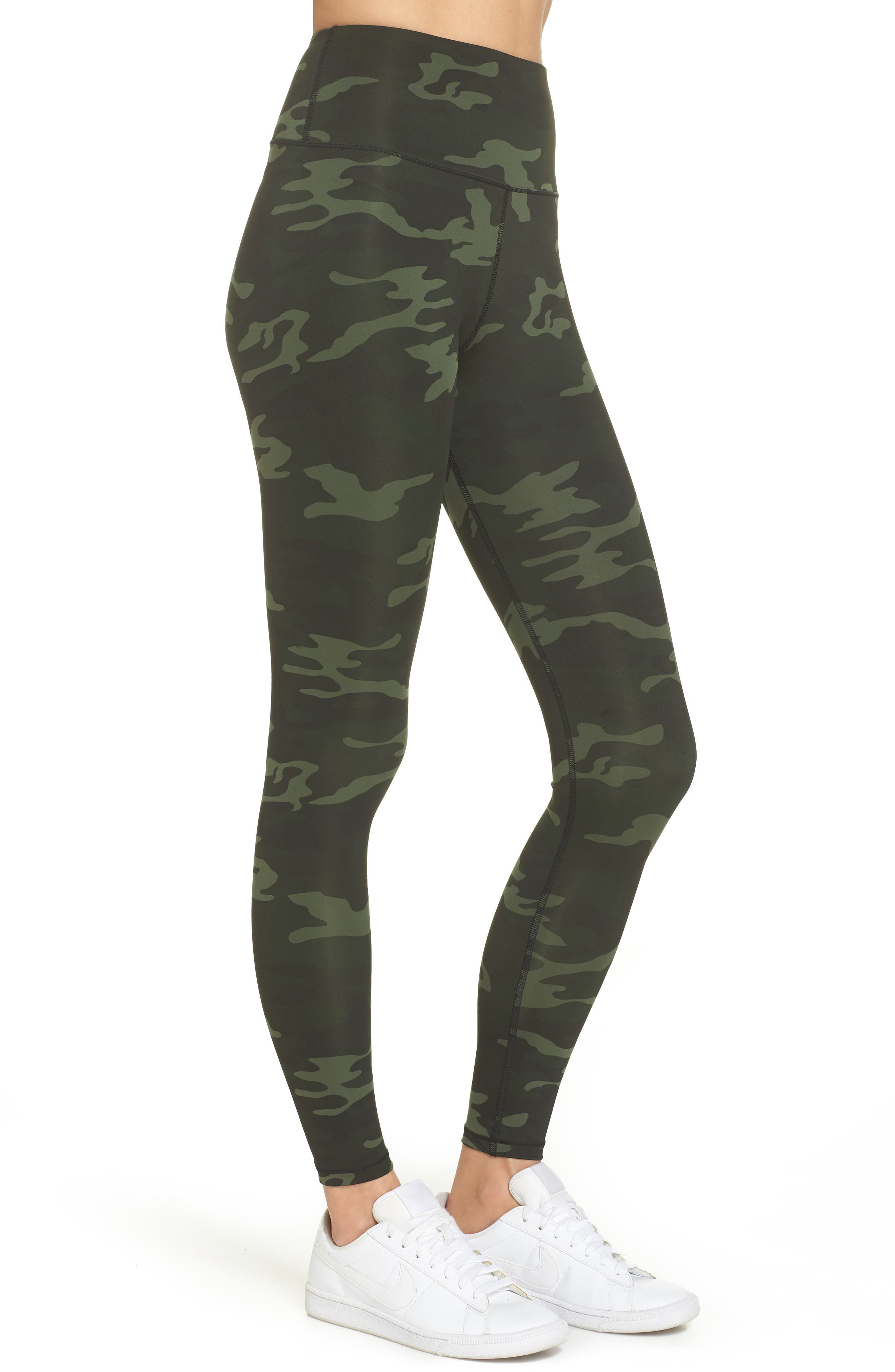 GOOD AMERICAN, Core Strength High Waist Leggings, Alternate thumbnail 4, color, CAMO001
