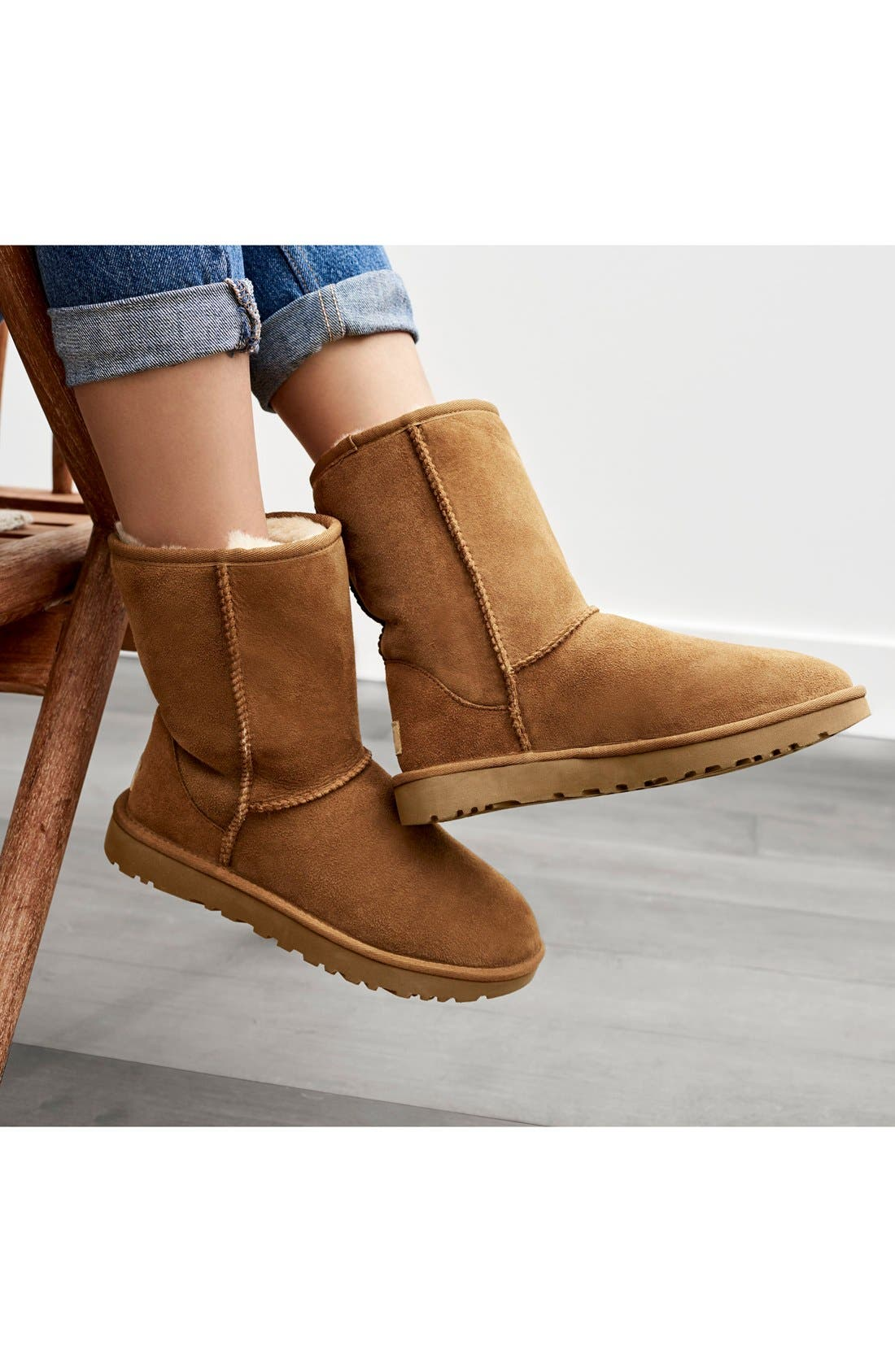 UGG<SUP>®</SUP>, Classic II Genuine Shearling Lined Short Boot, Alternate thumbnail 6, color, CHESTNUT SUEDE