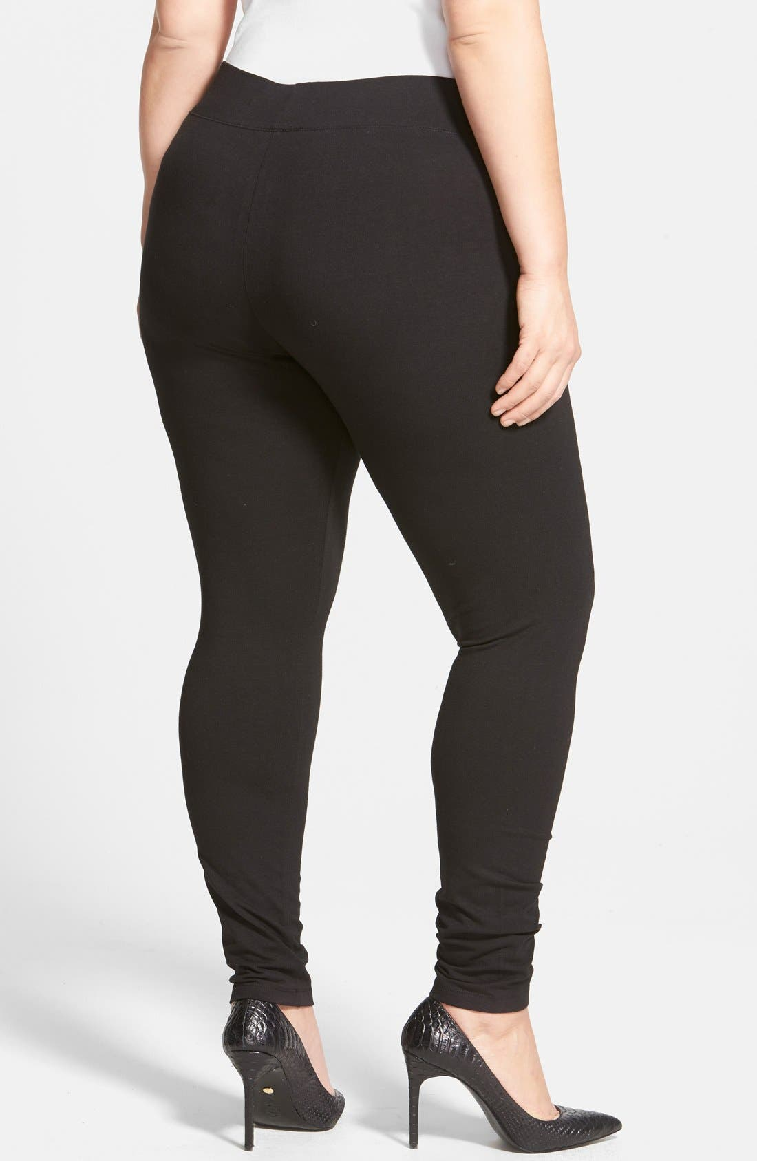 HUE, Ultra Wide Waistband Leggings, Alternate thumbnail 6, color, 001