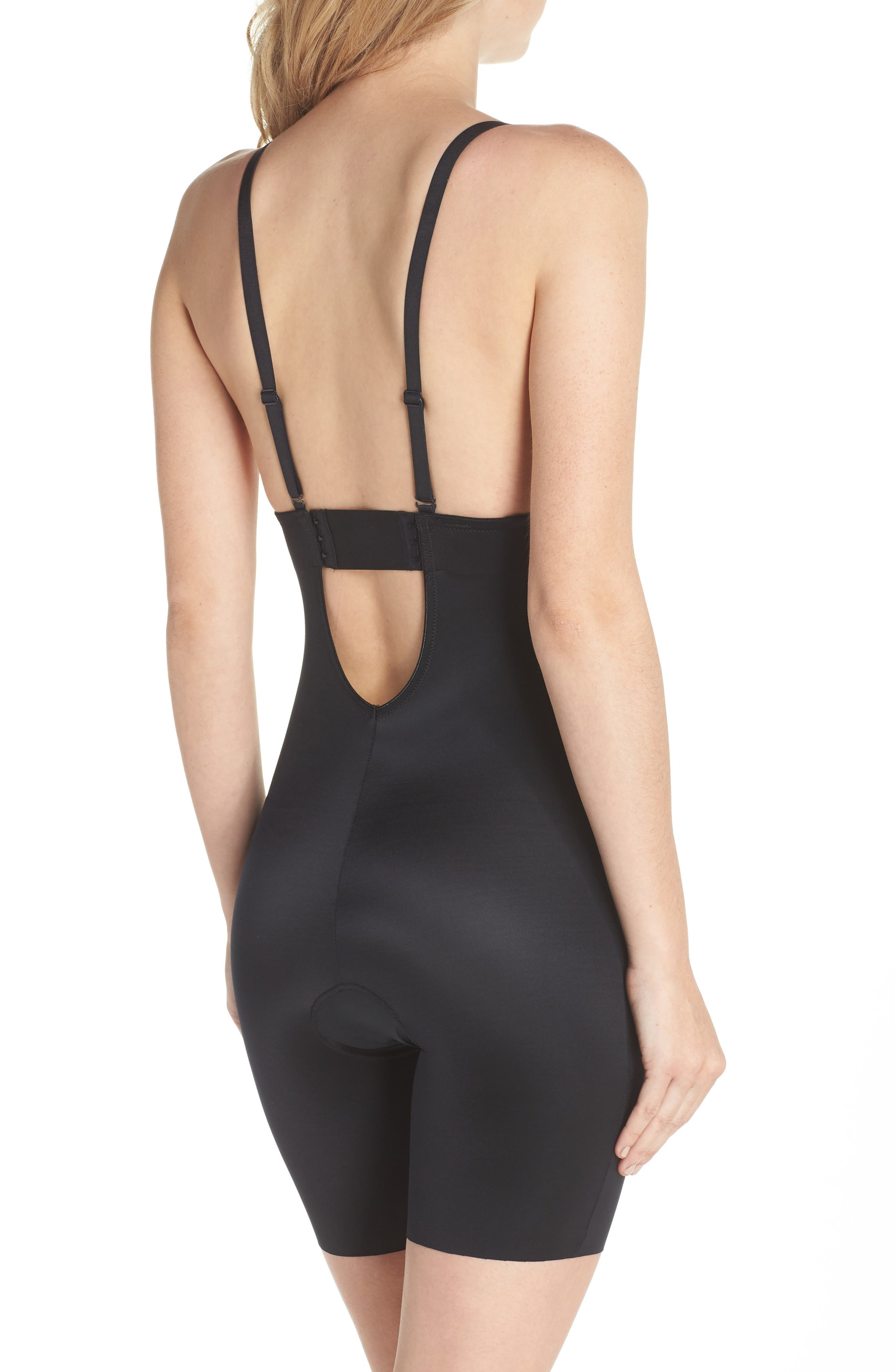 SPANX<SUP>®</SUP>, Suit Your Fancy Plunge Low-Back Mid-Thigh Bodysuit, Alternate thumbnail 3, color, VERY BLACK