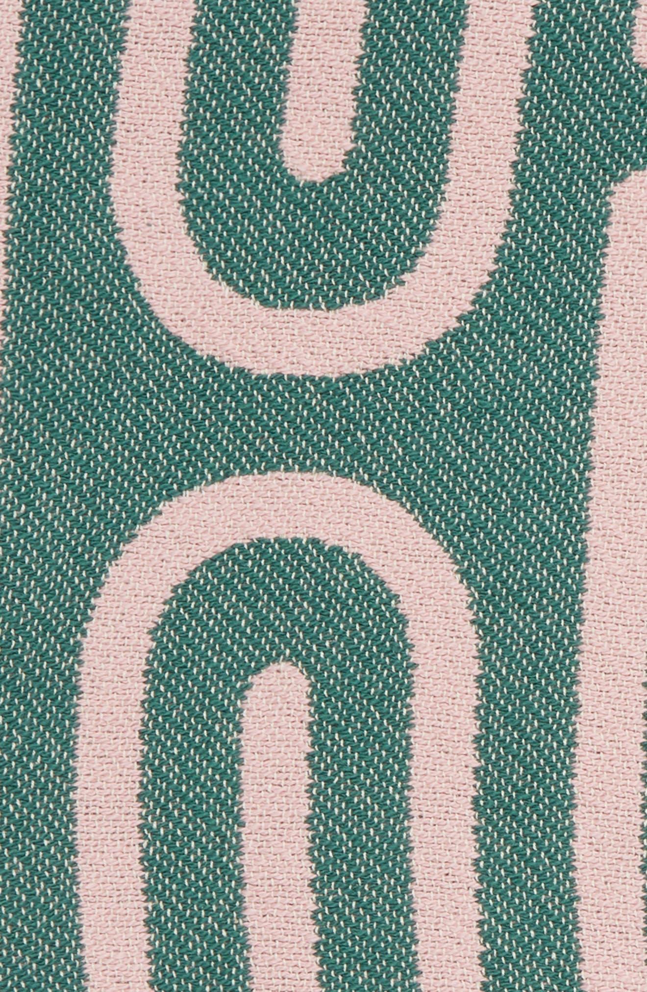 DUSEN DUSEN, Clip Throw Blanket, Alternate thumbnail 2, color, 100