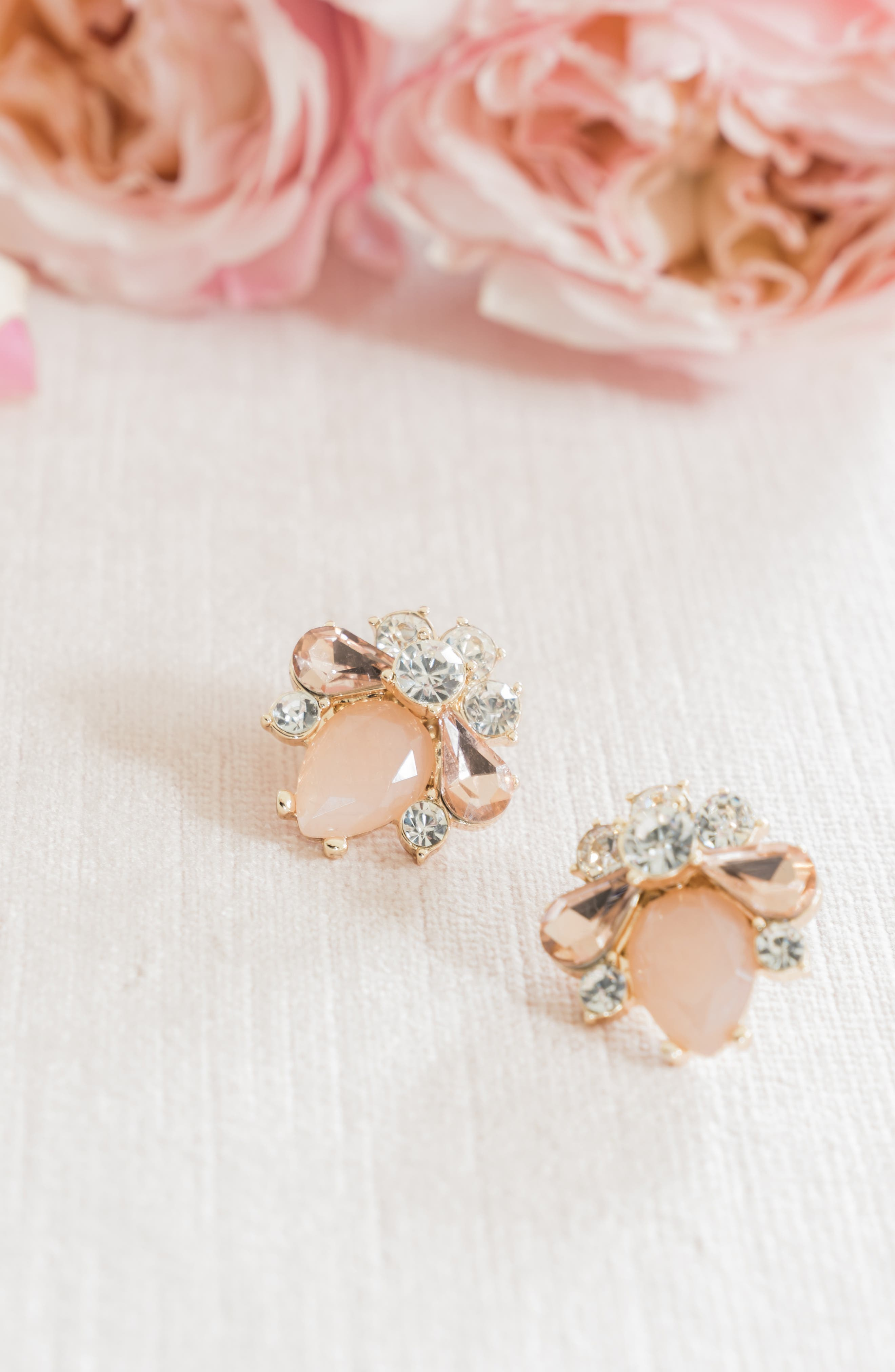 RACHEL PARCELL, Cluster Button Stud Earrings, Alternate thumbnail 3, color, PINK PEARL- GOLD