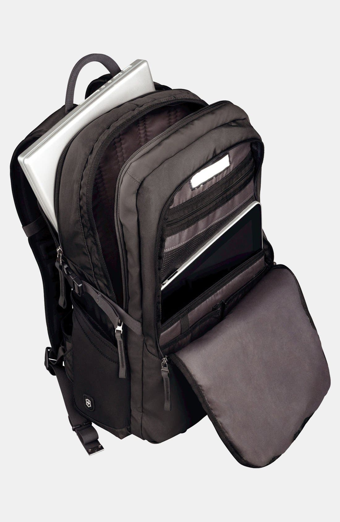 VICTORINOX SWISS ARMY<SUP>®</SUP>, Altmont Backpack, Alternate thumbnail 3, color, BLACK