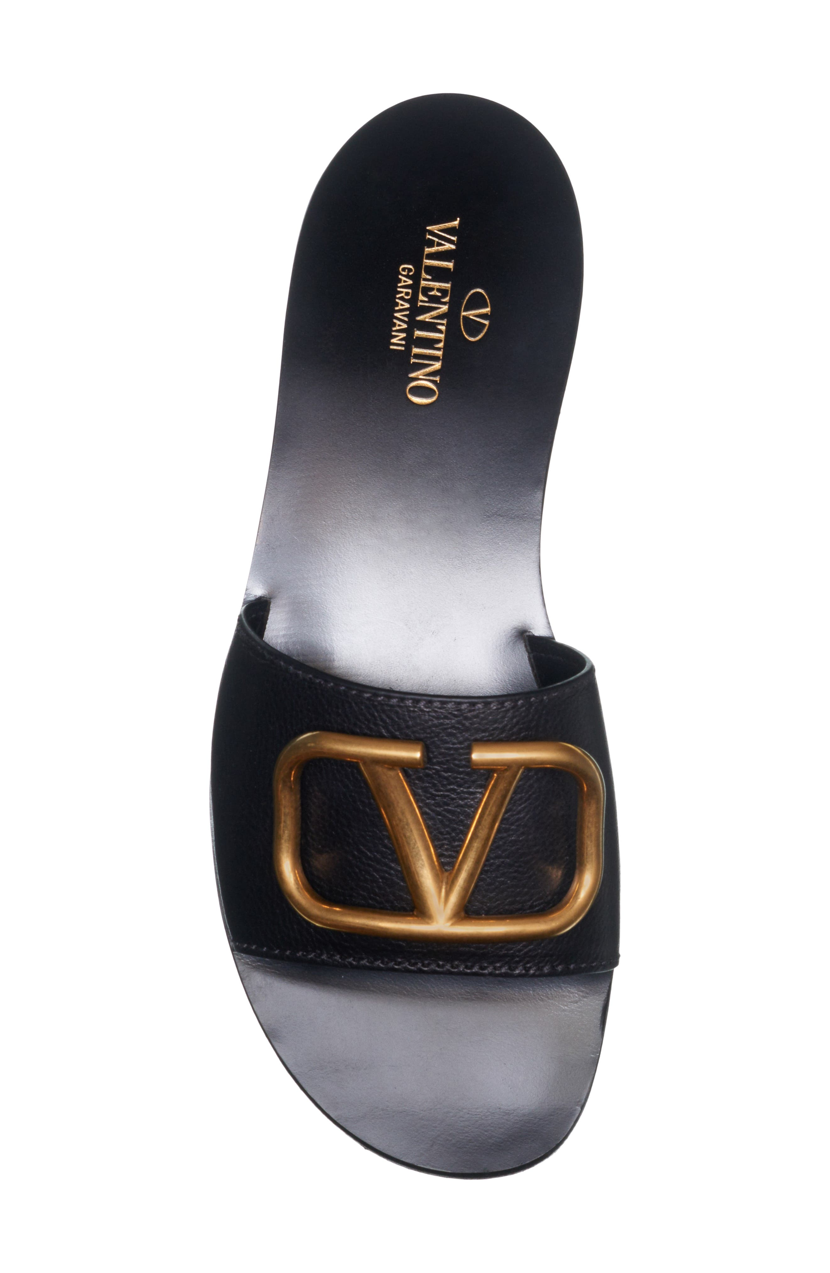 VALENTINO GARAVANI, Brooch Slide Sandal, Alternate thumbnail 4, color, BLACK