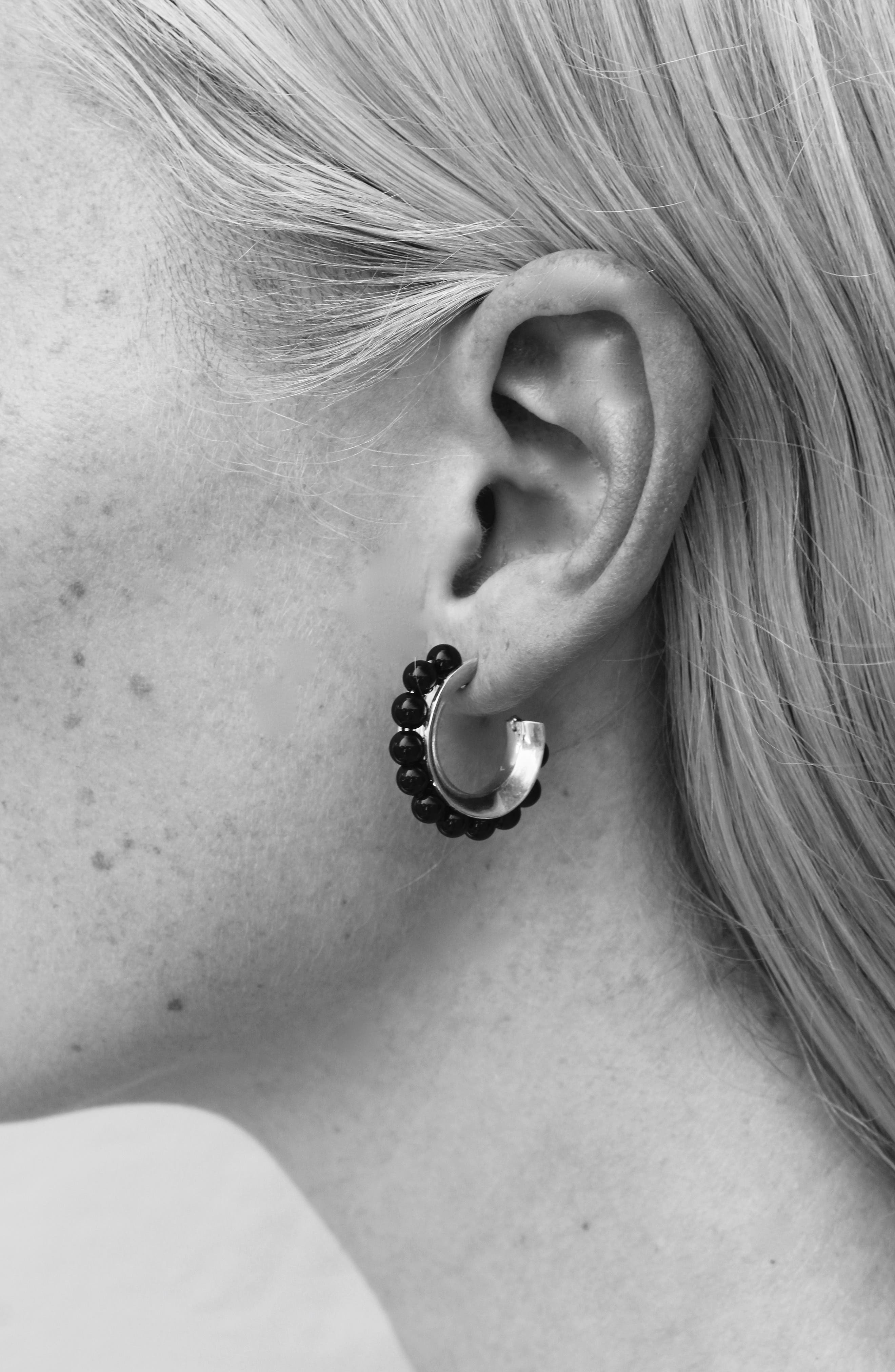 SOPHIE BUHAI, Onyx Hoop Earrings, Alternate thumbnail 3, color, STERLING SILVER/ ONYX