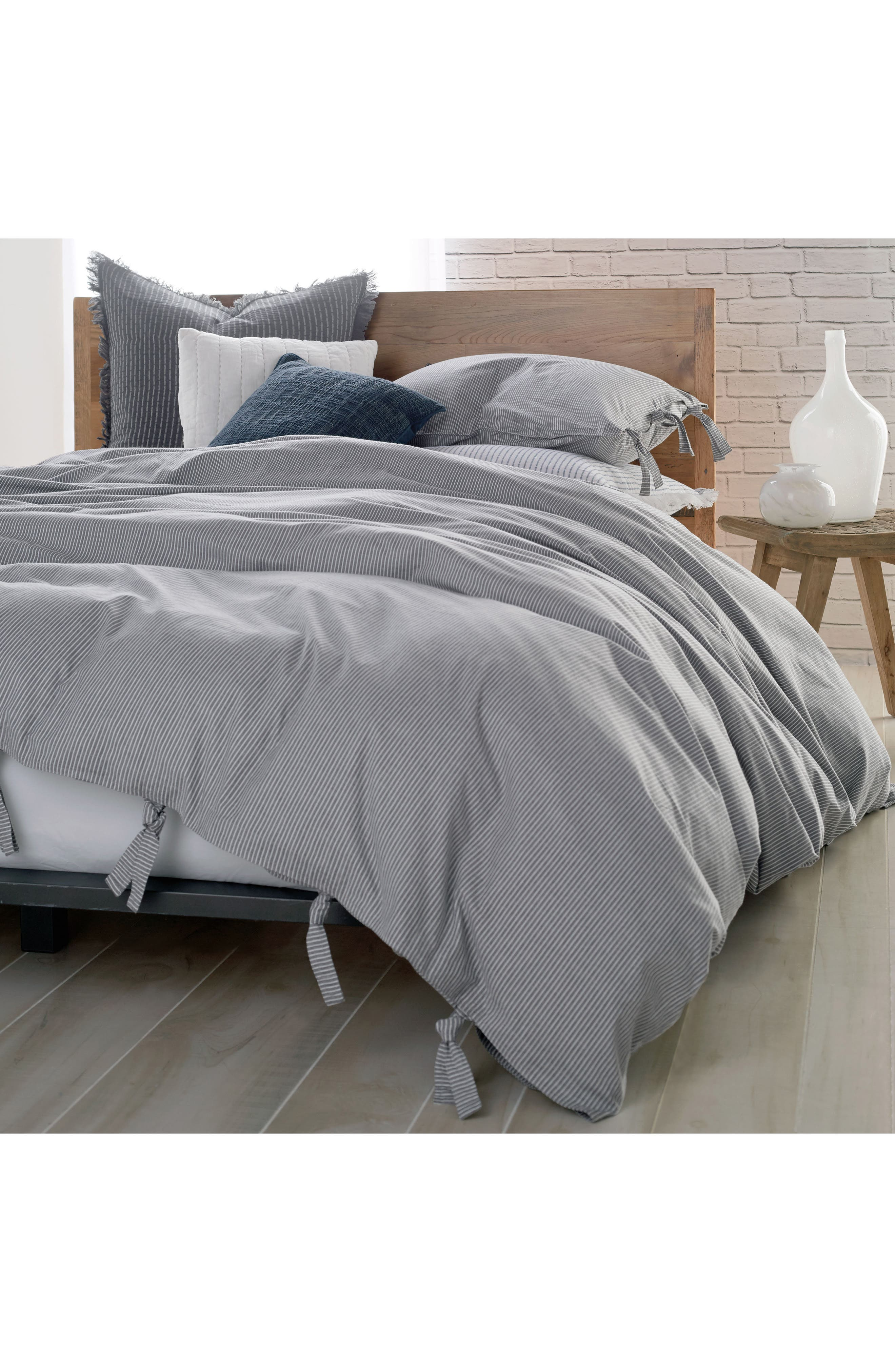 DKNY, PURE Stripe 144 Thread Count Duvet Cover, Main thumbnail 1, color, GREY