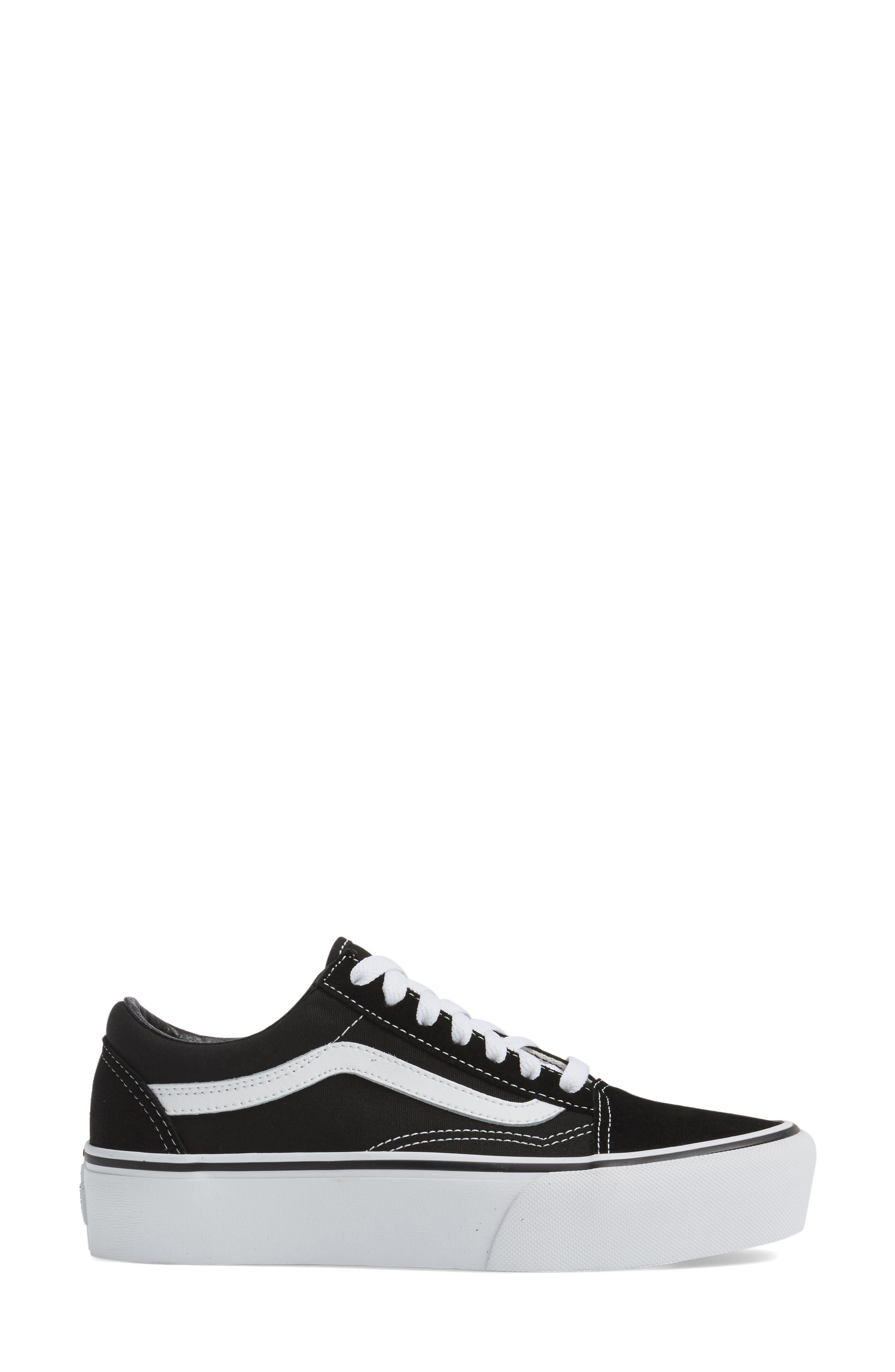 VANS, Old Skool Platform Sneaker, Alternate thumbnail 3, color, BLACK/ WHITE