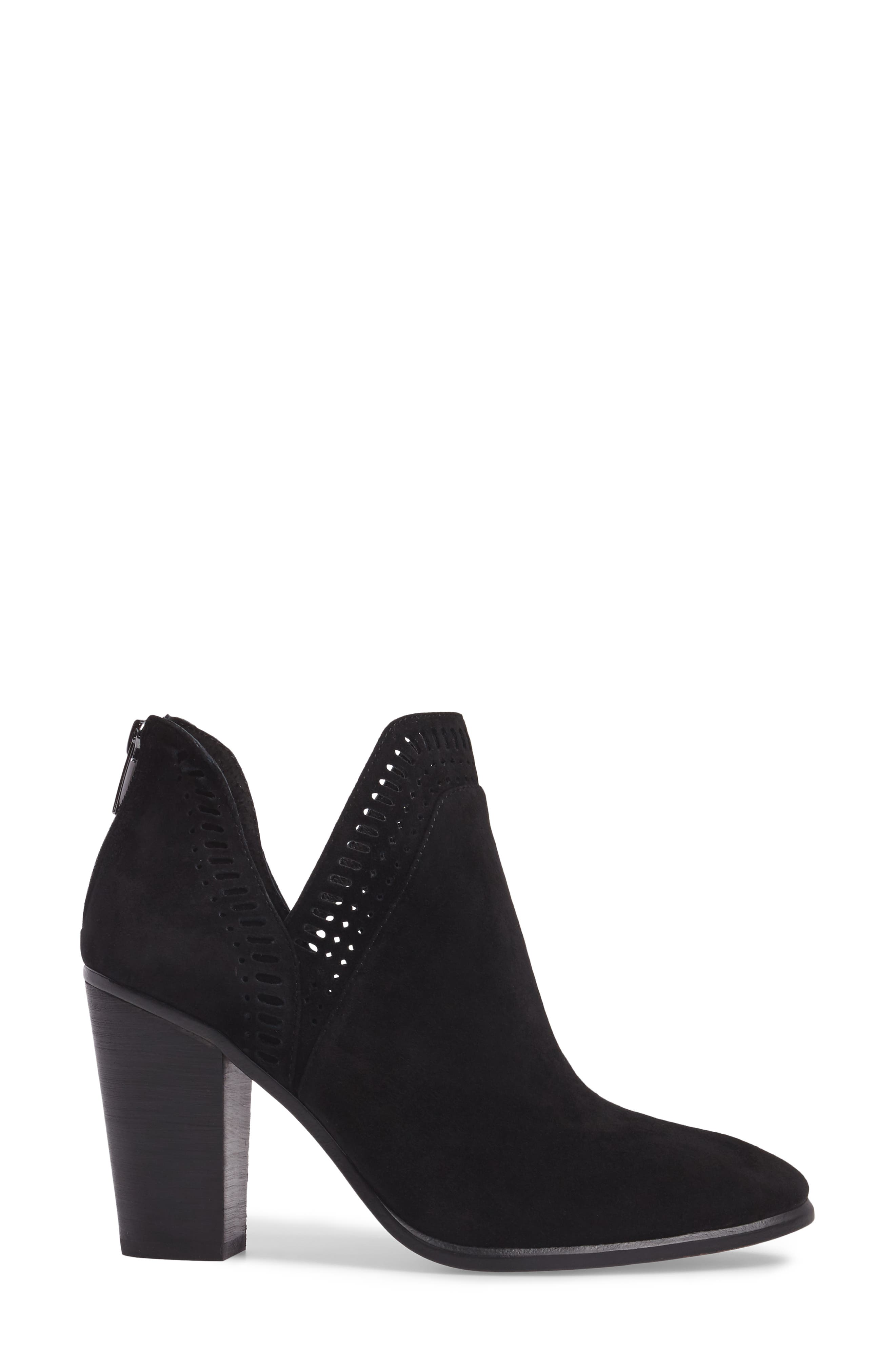 VINCE CAMUTO, Fileana Split Shaft Bootie, Alternate thumbnail 3, color, 001