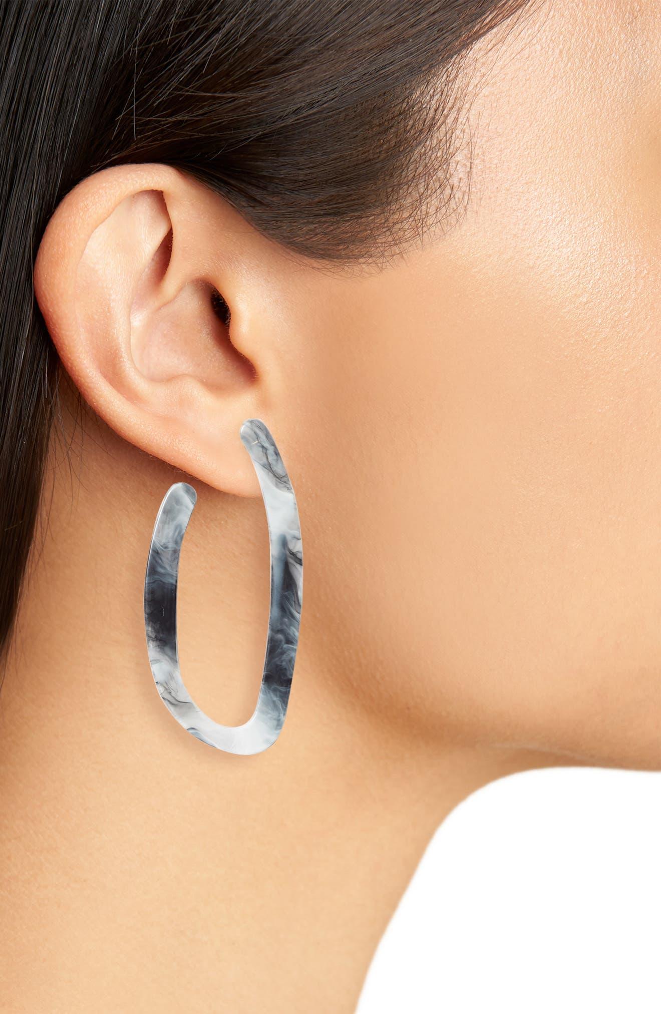 HALOGEN<SUP>®</SUP>, Hacked Classic Elongated Hoop Earrings, Alternate thumbnail 2, color, 001