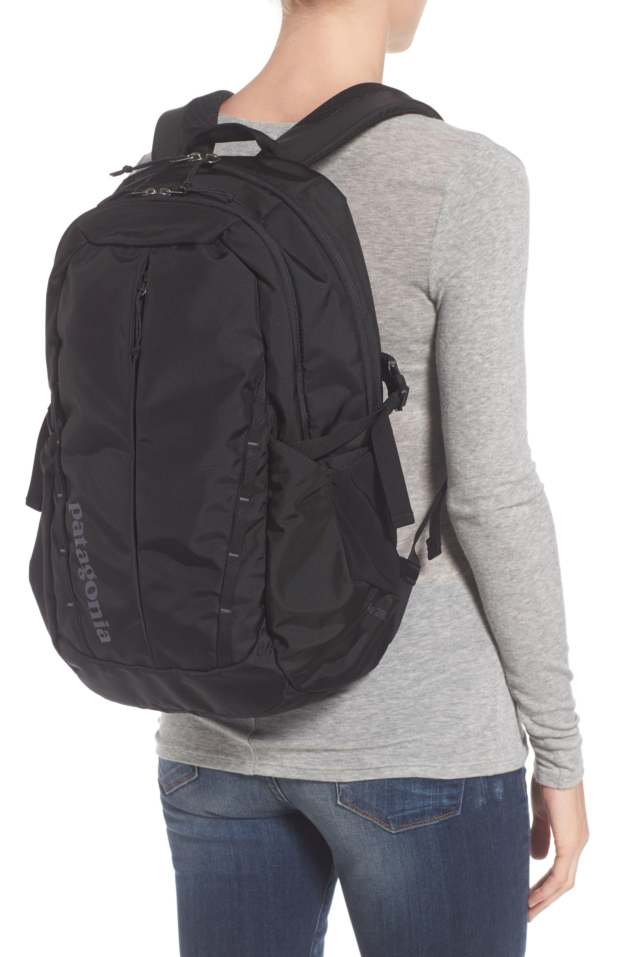 PATAGONIA, Refugio 26L Backpack, Alternate thumbnail 2, color, BLACK