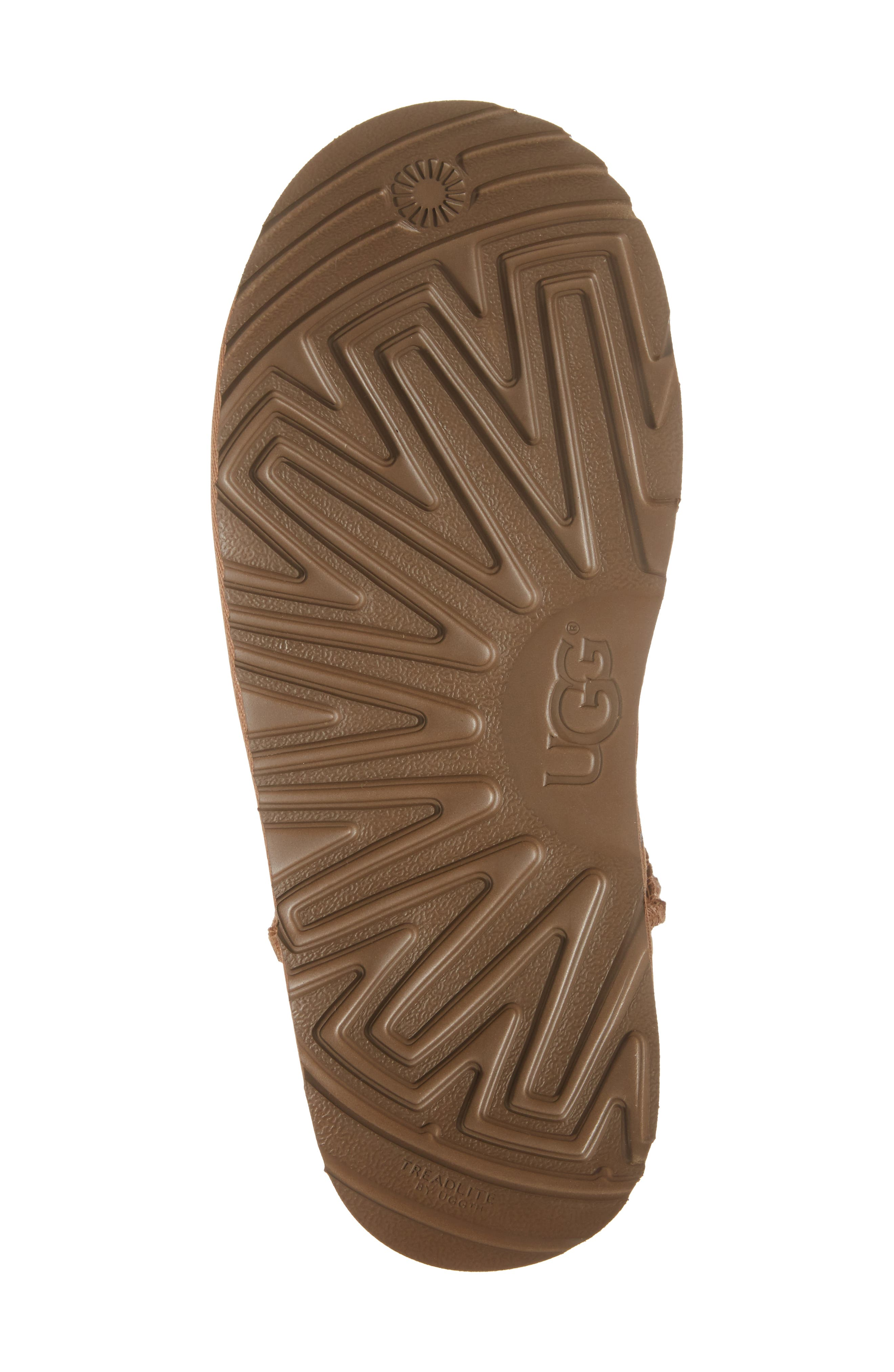 UGG<SUP>®</SUP>, Classic Short II Water Resistant Stars Boot, Alternate thumbnail 6, color, CHESTNUT