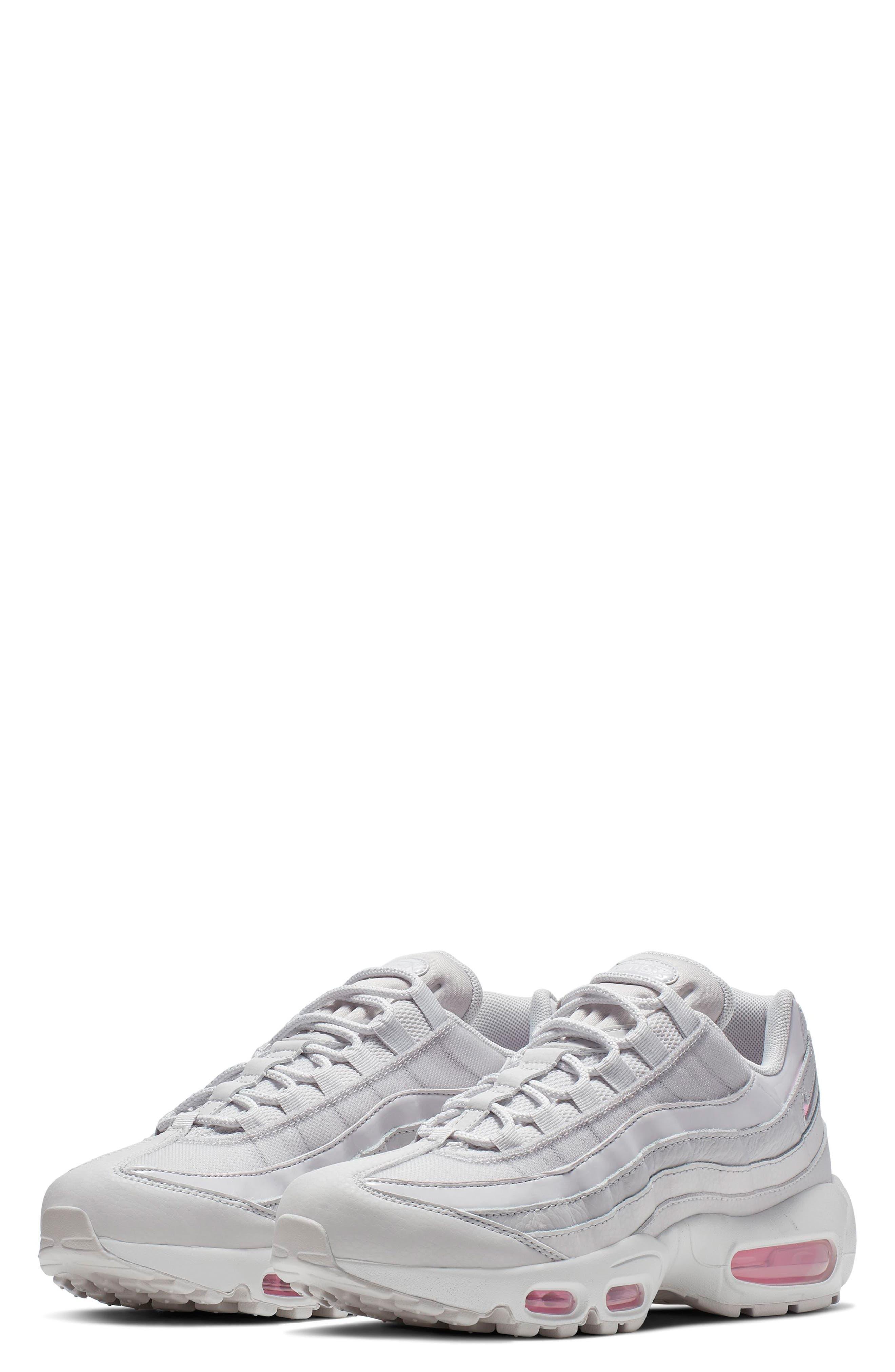 2fa6fccc2b NIKE   Women's Nike Air Max 95 Se Running Shoe,11 M - Grey