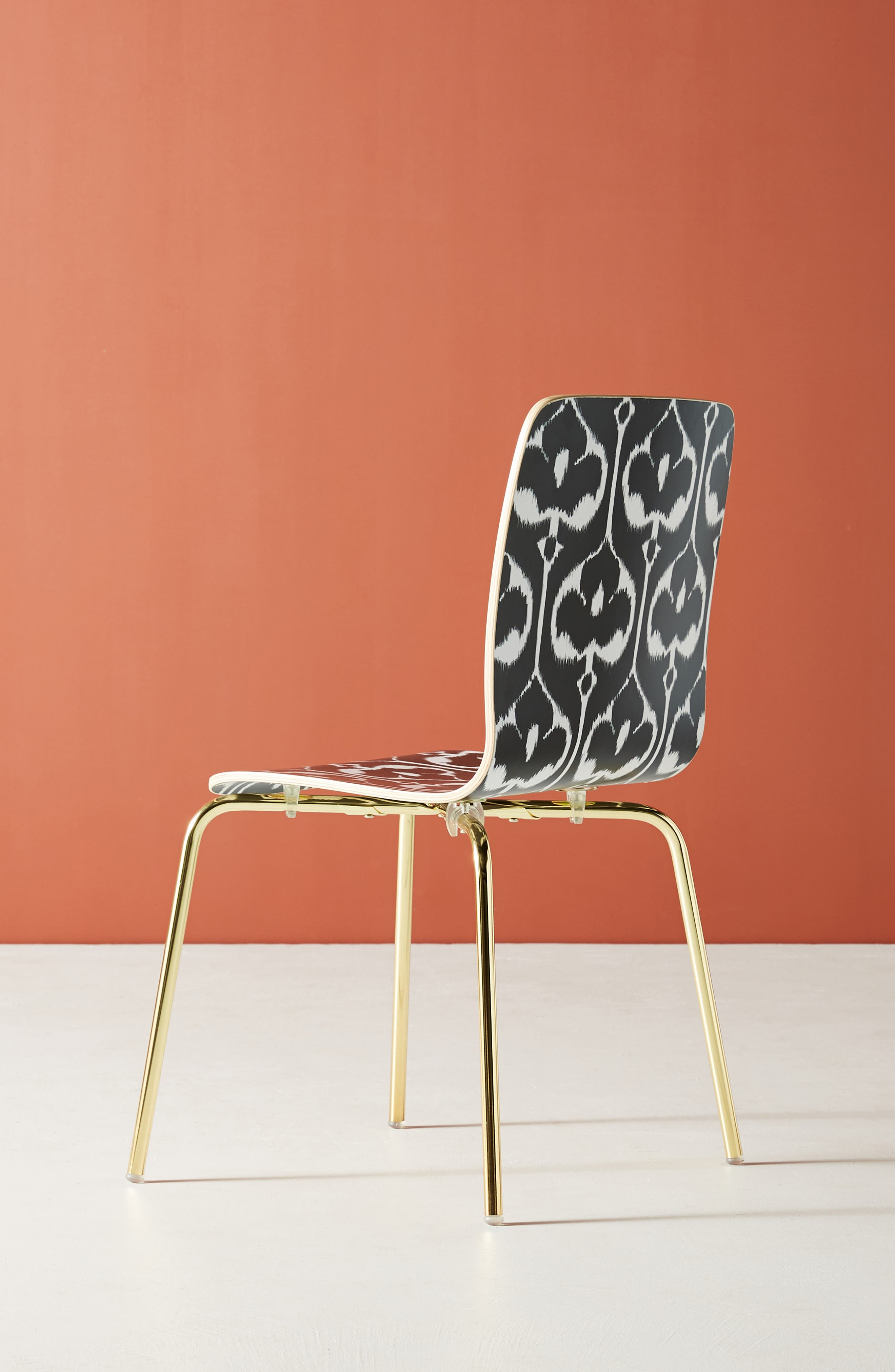 ANTHROPOLOGIE, Ikat Tamsin Dining Chair, Alternate thumbnail 4, color, BLACK AND WHITE