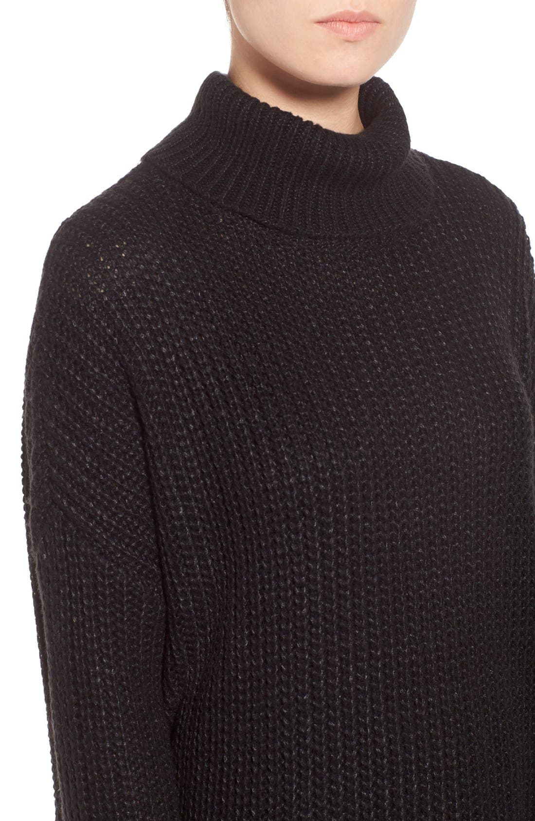 LEITH, Oversize Turtleneck Sweater, Alternate thumbnail 4, color, 001