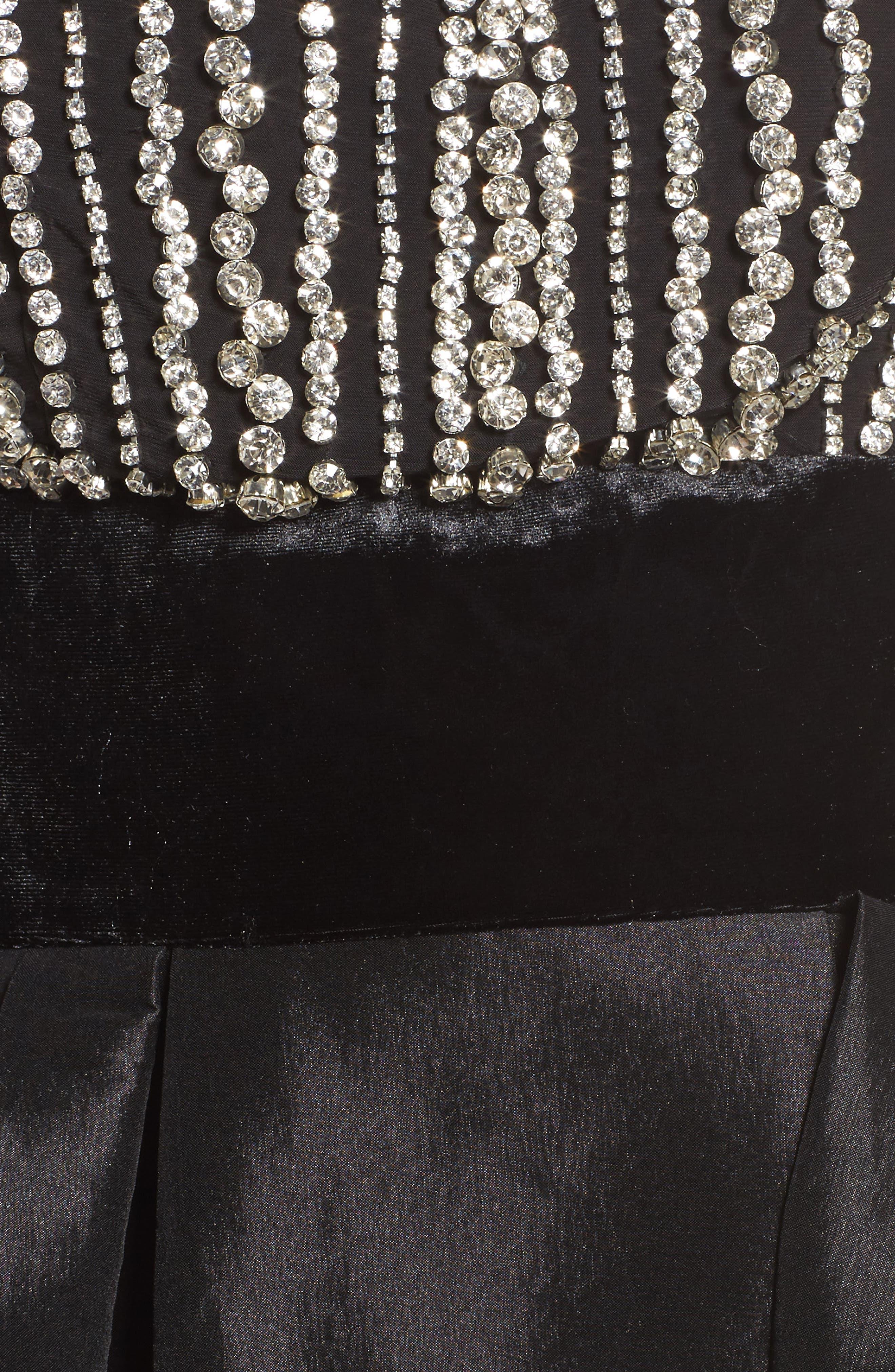 MAC DUGGAL, Crystal & Satin Ballgown, Alternate thumbnail 5, color, BLACK