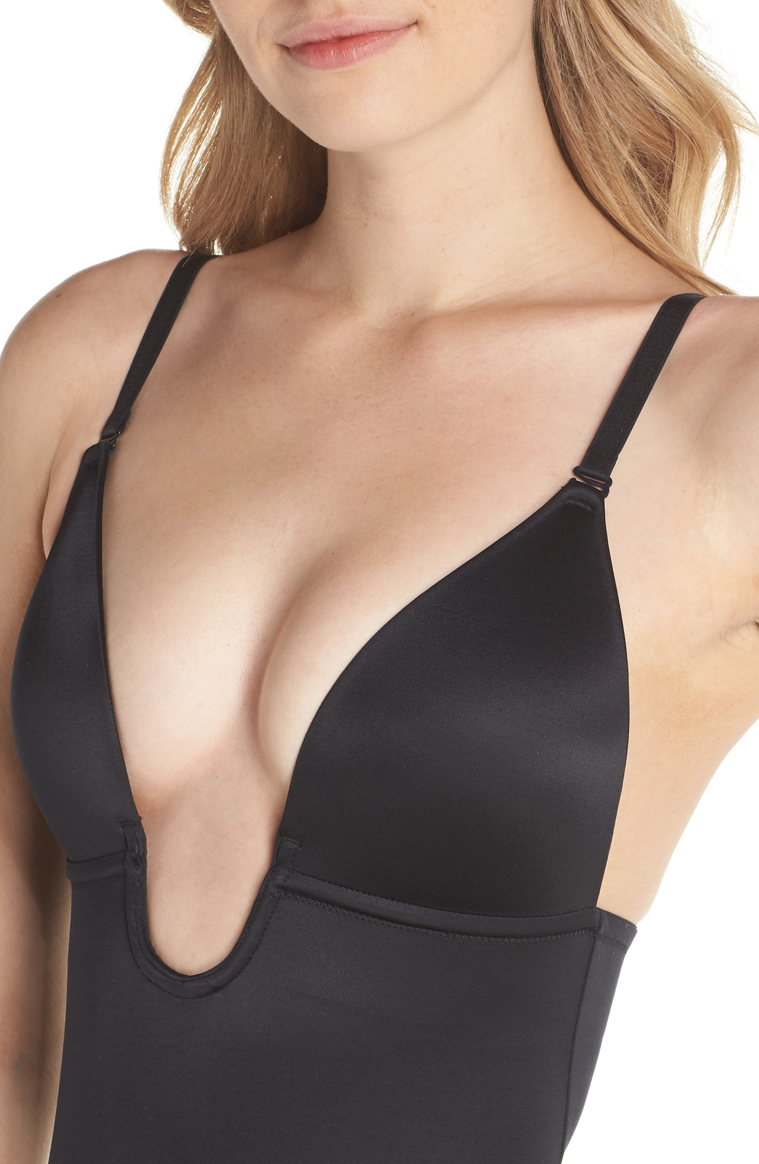 SPANX<SUP>®</SUP>, Suit Your Fancy Plunge Low-Back Mid-Thigh Bodysuit, Alternate thumbnail 5, color, VERY BLACK