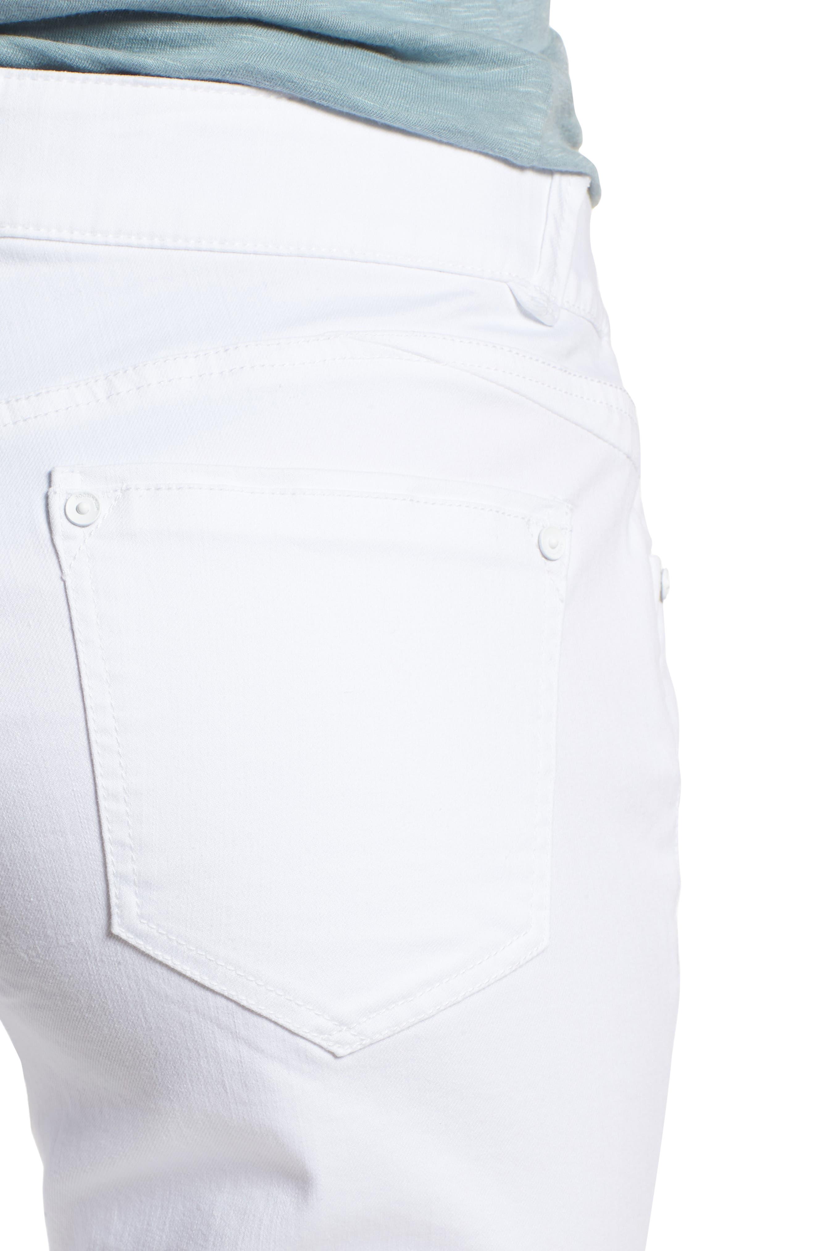 WIT & WISDOM, Ab-solution White Bermuda Shorts, Alternate thumbnail 5, color, OPTIC WHITE