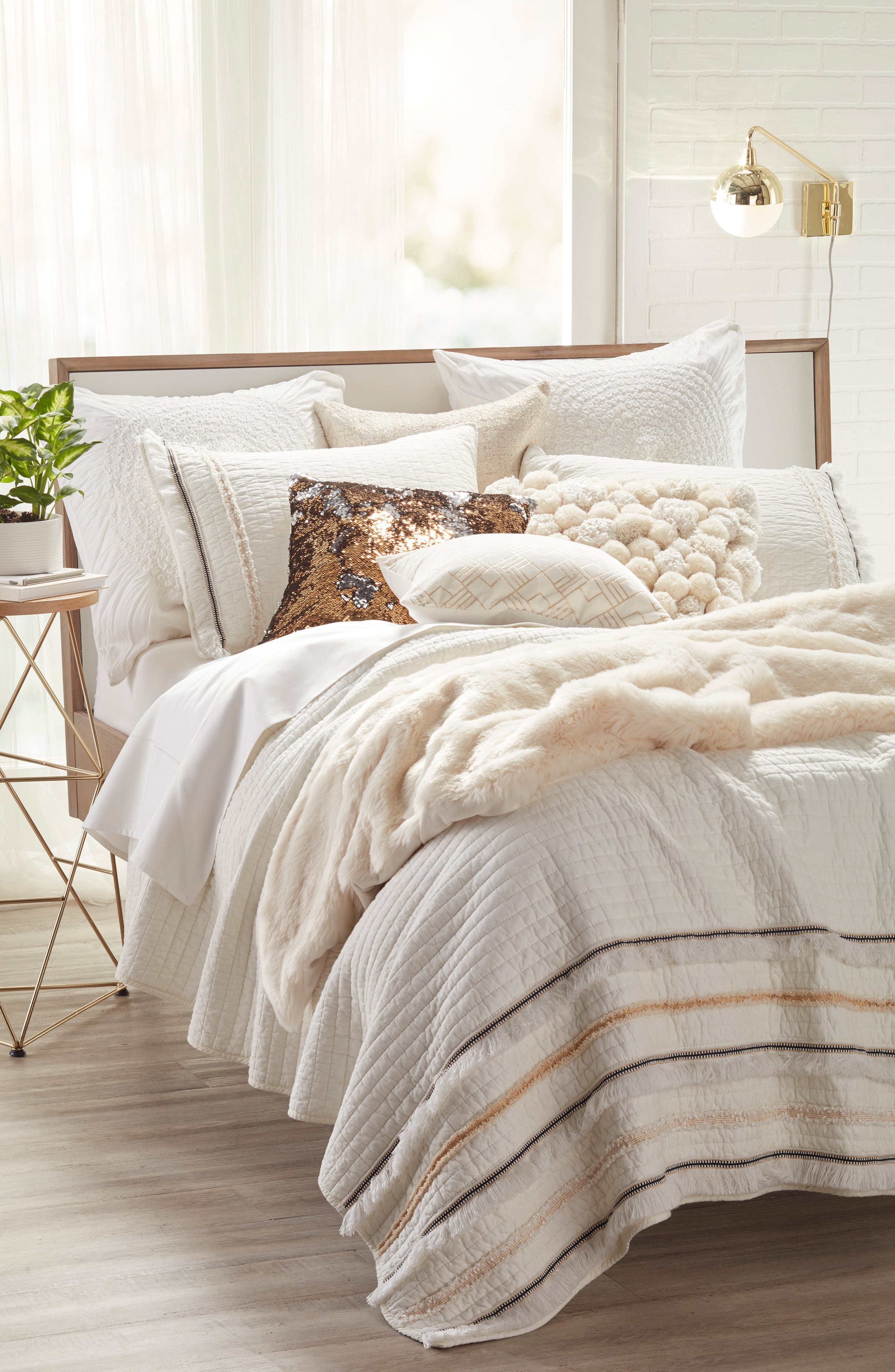 NORDSTROM AT HOME, Cuddle Up Faux Fur Throw Blanket, Alternate thumbnail 2, color, IVORY