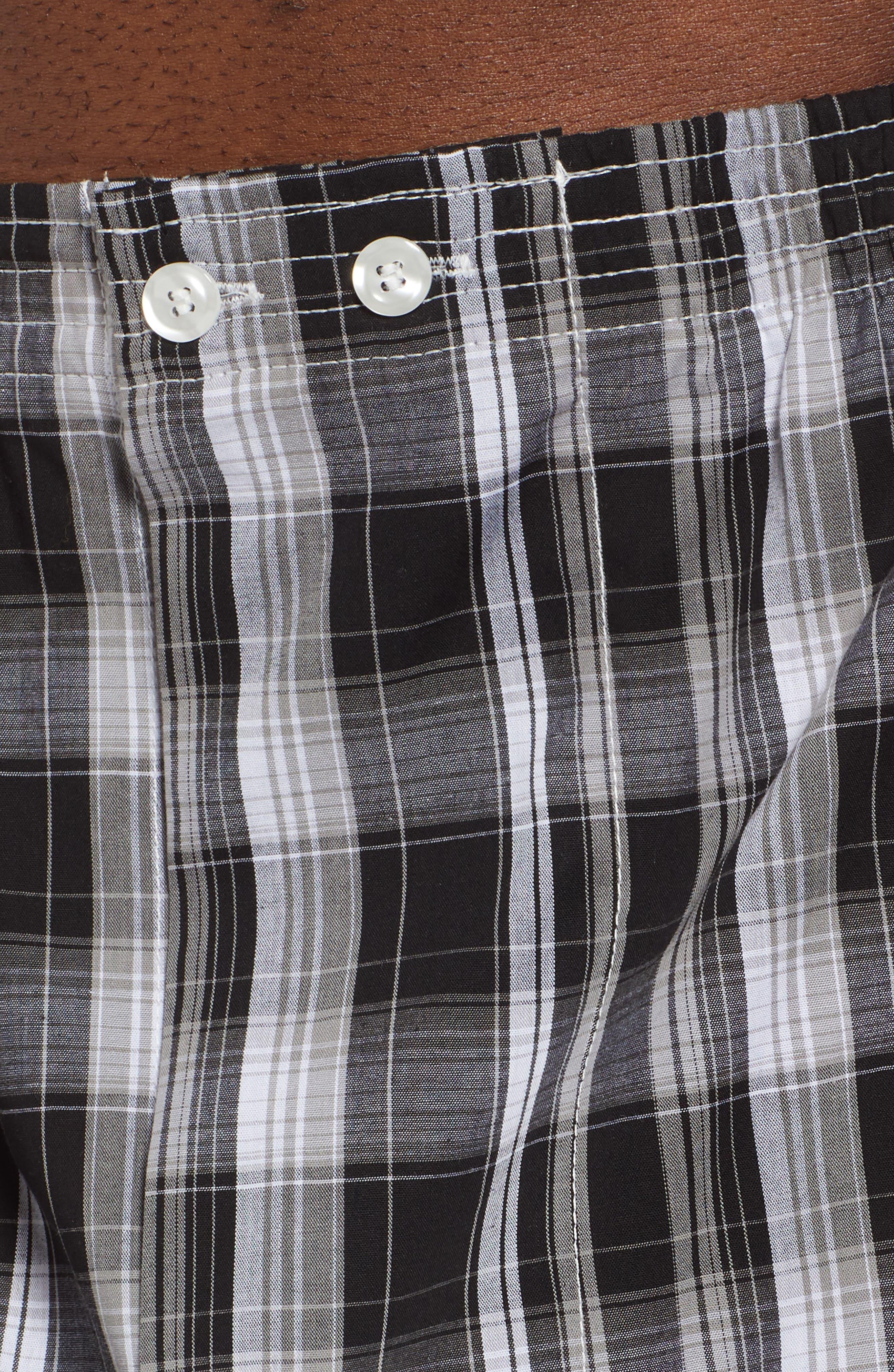 NORDSTROM MEN'S SHOP, 3-Pack Classic Fit Boxers, Alternate thumbnail 5, color, BLACK- WHITE PLAID PACK