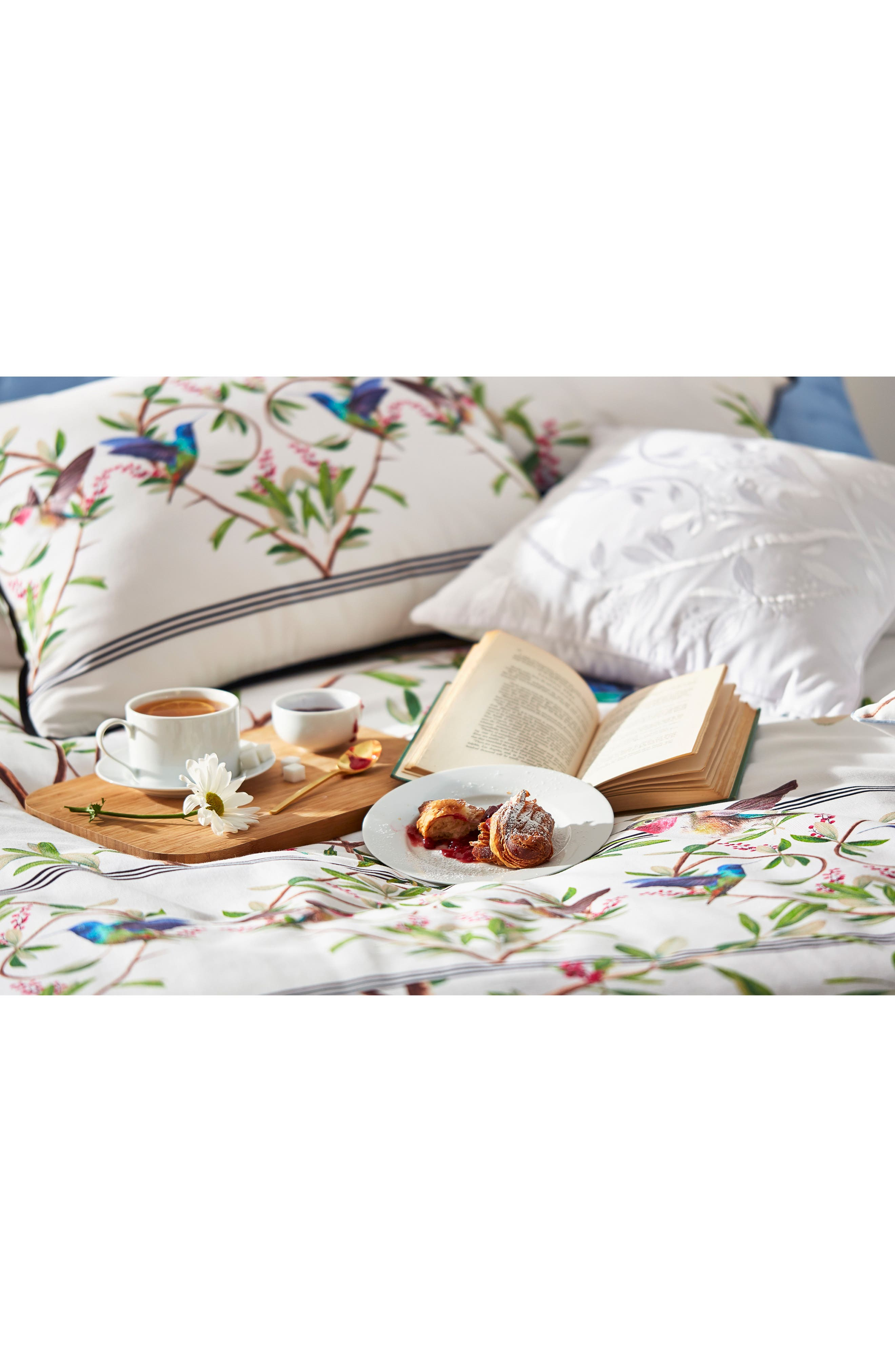 TED BAKER LONDON, Highgrove Comforter & Sham Set, Alternate thumbnail 8, color, WHITE/ MULTI