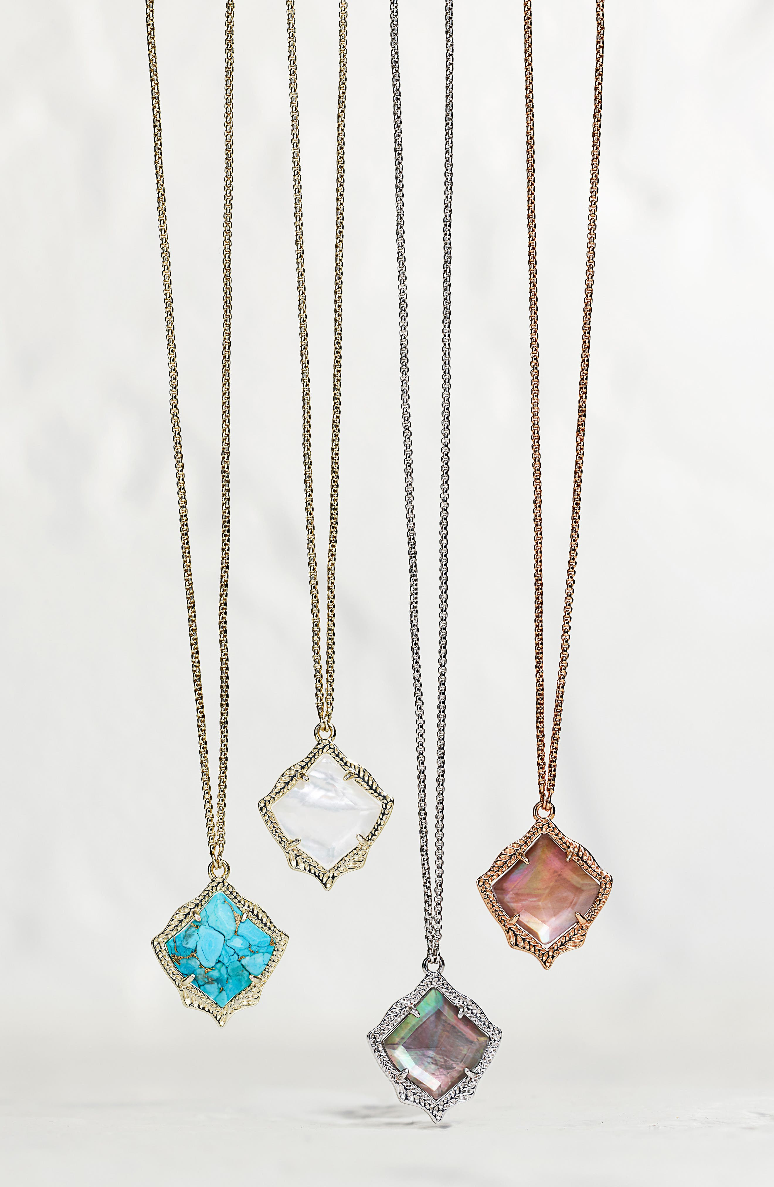 KENDRA SCOTT, Kacey Pendant Necklace, Alternate thumbnail 3, color, TURQUOISE MAGNESITE/ GOLD