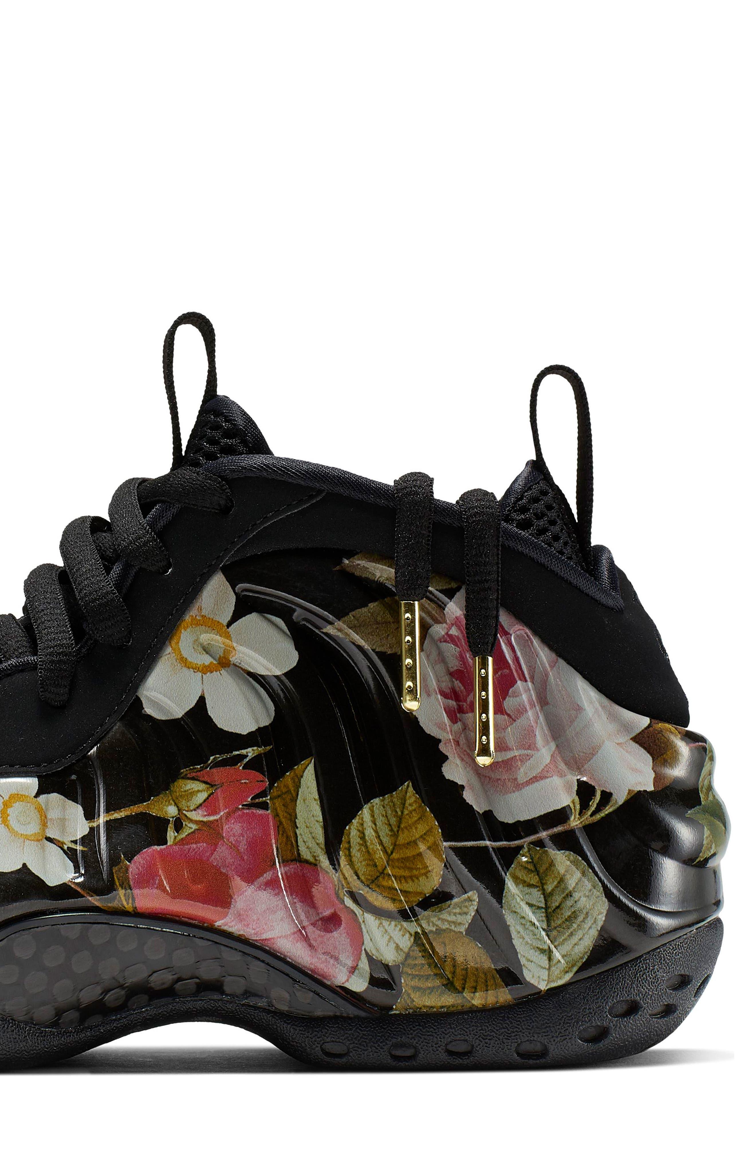 NIKE, Air Foamposite One Sneaker, Alternate thumbnail 7, color, BLACK/ BLACK-METALLIC GOLD