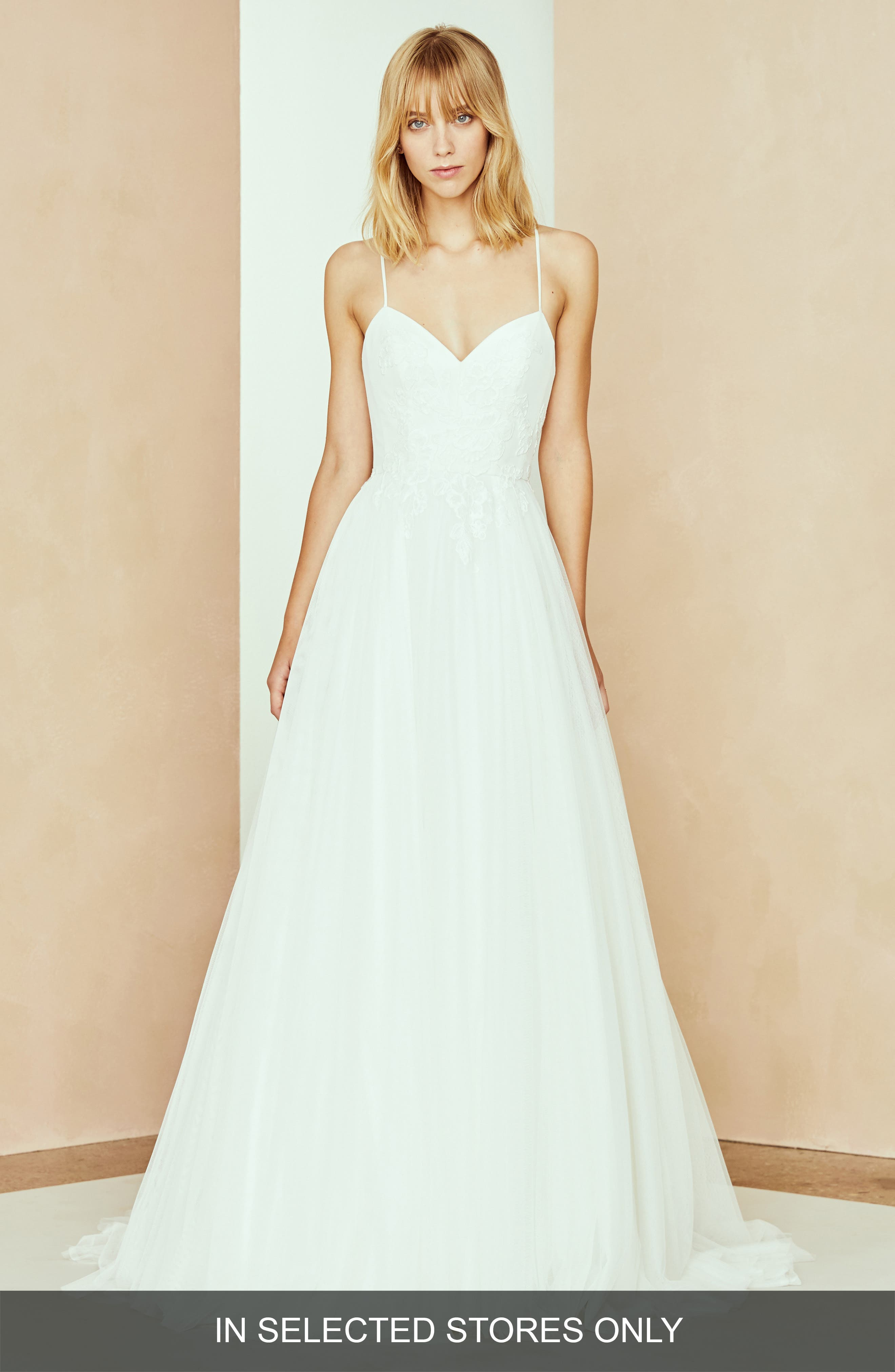 Nouvelle Amsale Bryce Tulle Ballgown, Size - Ivory